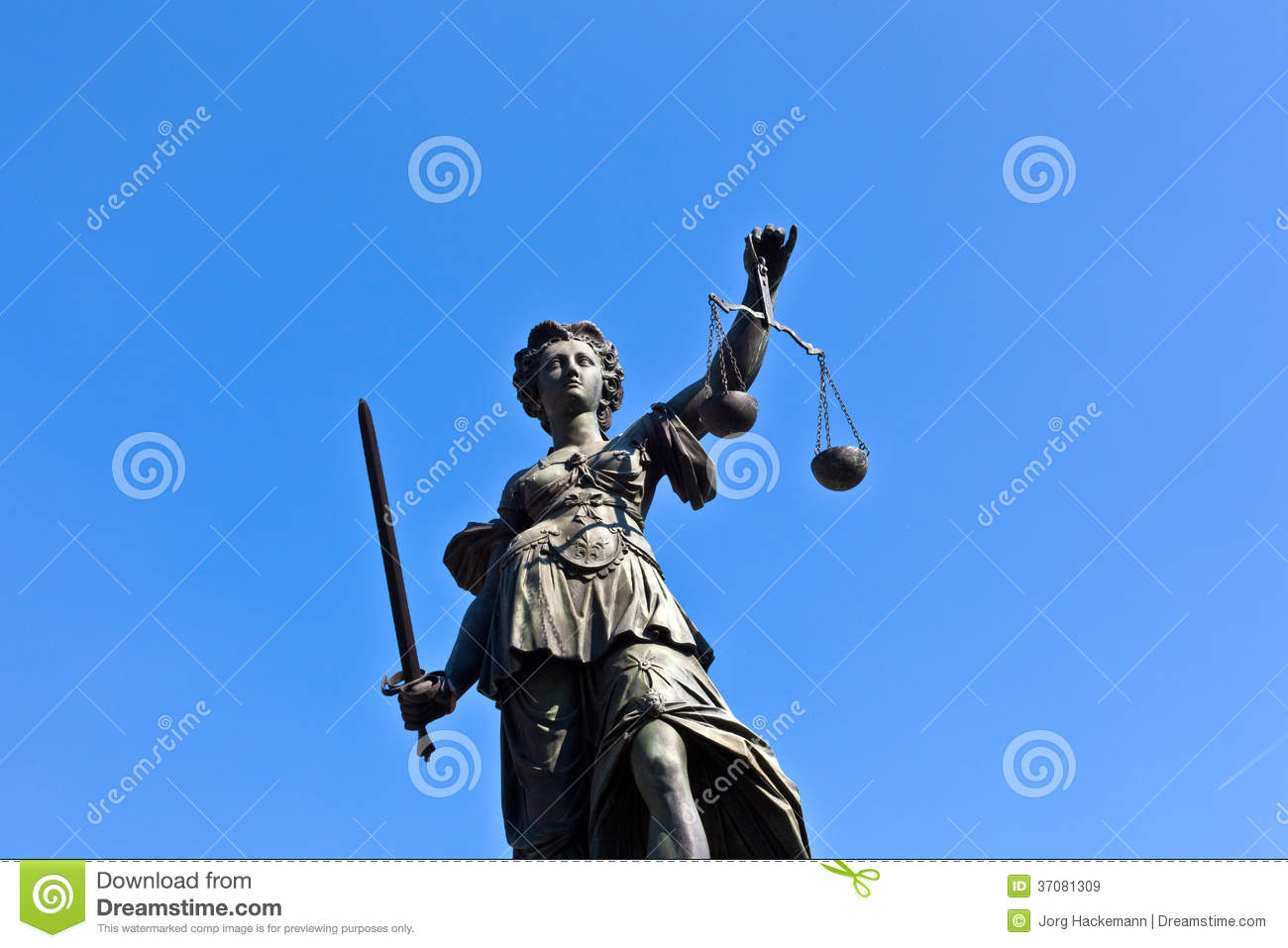 Statue of Lady Justice in front