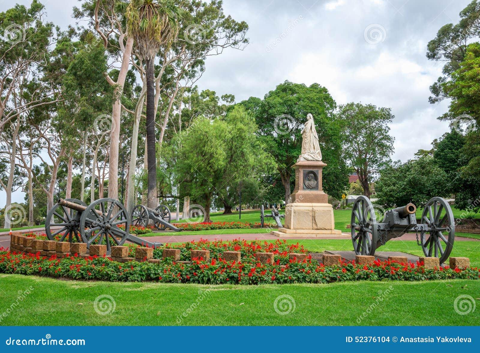 Perth Botanic Gardens Park And Botanic Garden Perth  : statue queen victoria kings park botanical gardens i perth western australia 52376104 from sherlockdesigner.com size 1300 x 972 jpeg 341kB