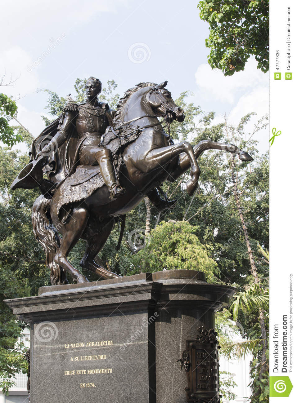 Statue Simon Bolivar Stock Photo - Image: 42727836