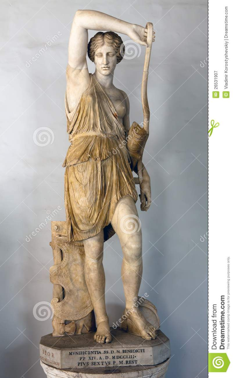 Statue of wounded amazon royalty free stock photography image 26531907 for Raymond lord memorial swimming pool