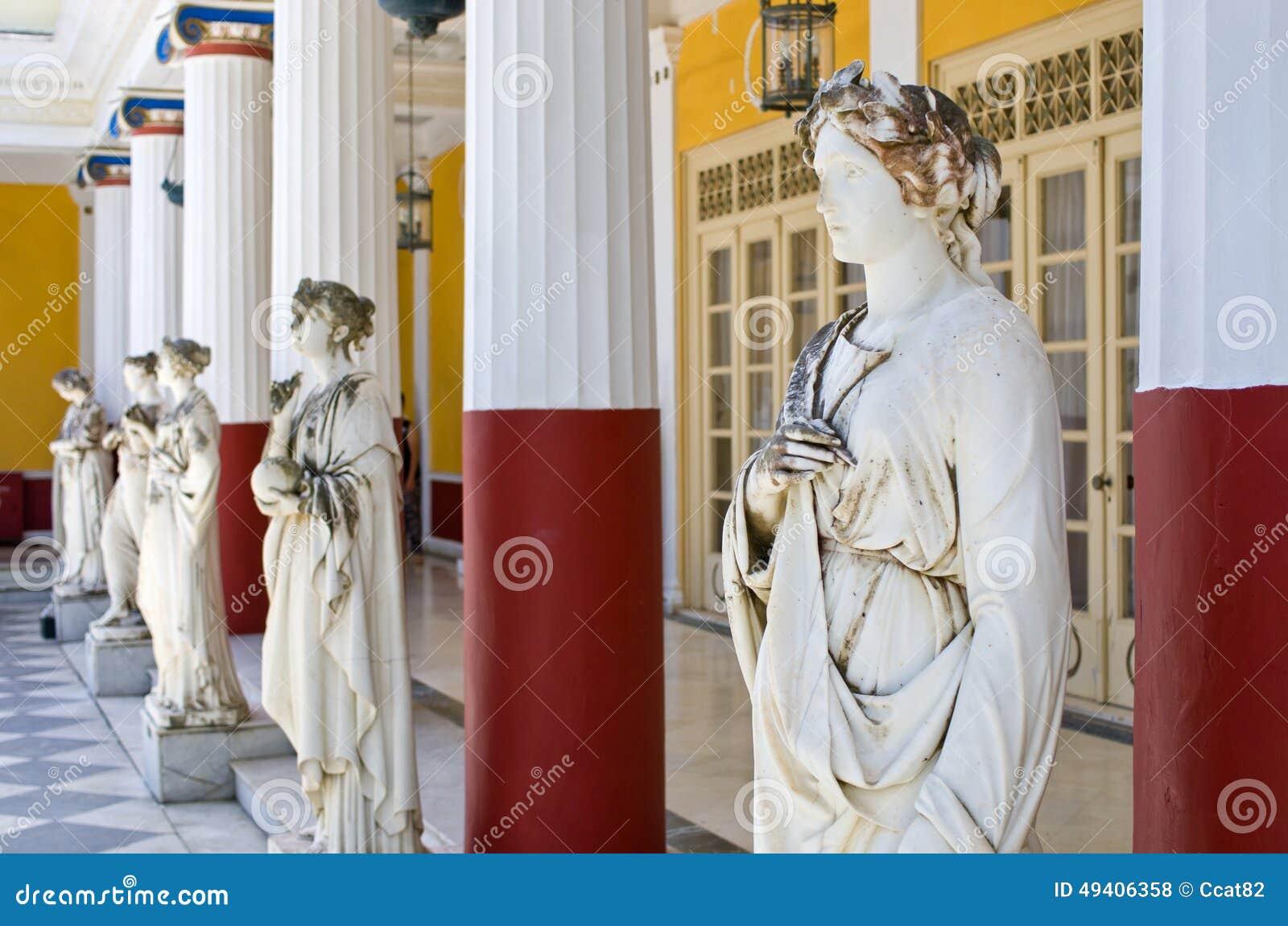 Download Statuen In Achillions-Palast In Korfu-Insel, Griechenland Stockfoto - Bild von künstlerisch, palast: 49406358