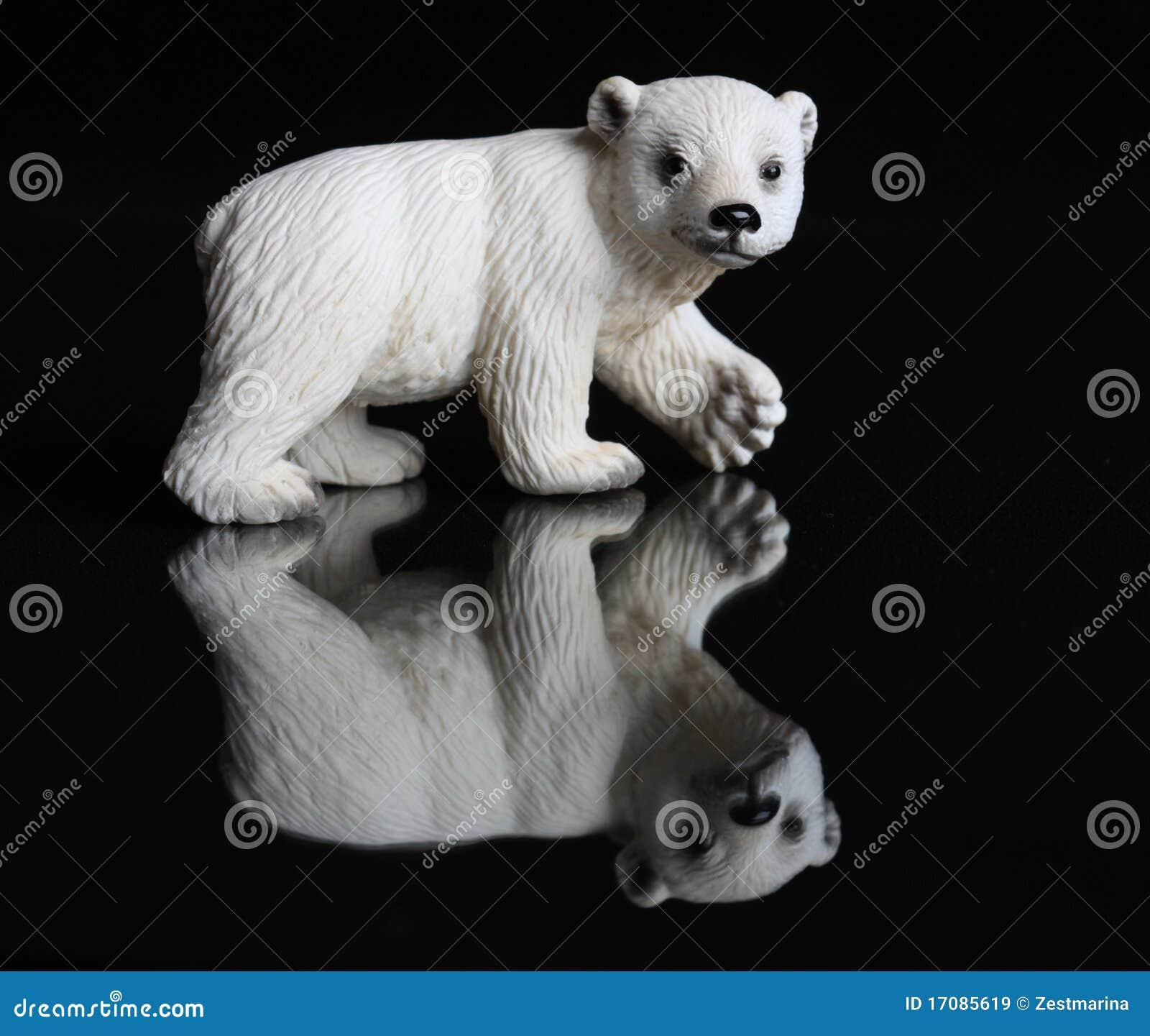 Statuette eines Eisbären