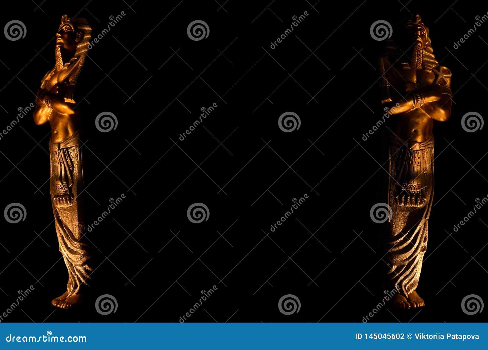 Statuy kr?lewi?tka pharaoh egipskich bog?w religii nie?ywy symbol odizolowywaj?cy na czarnym tle