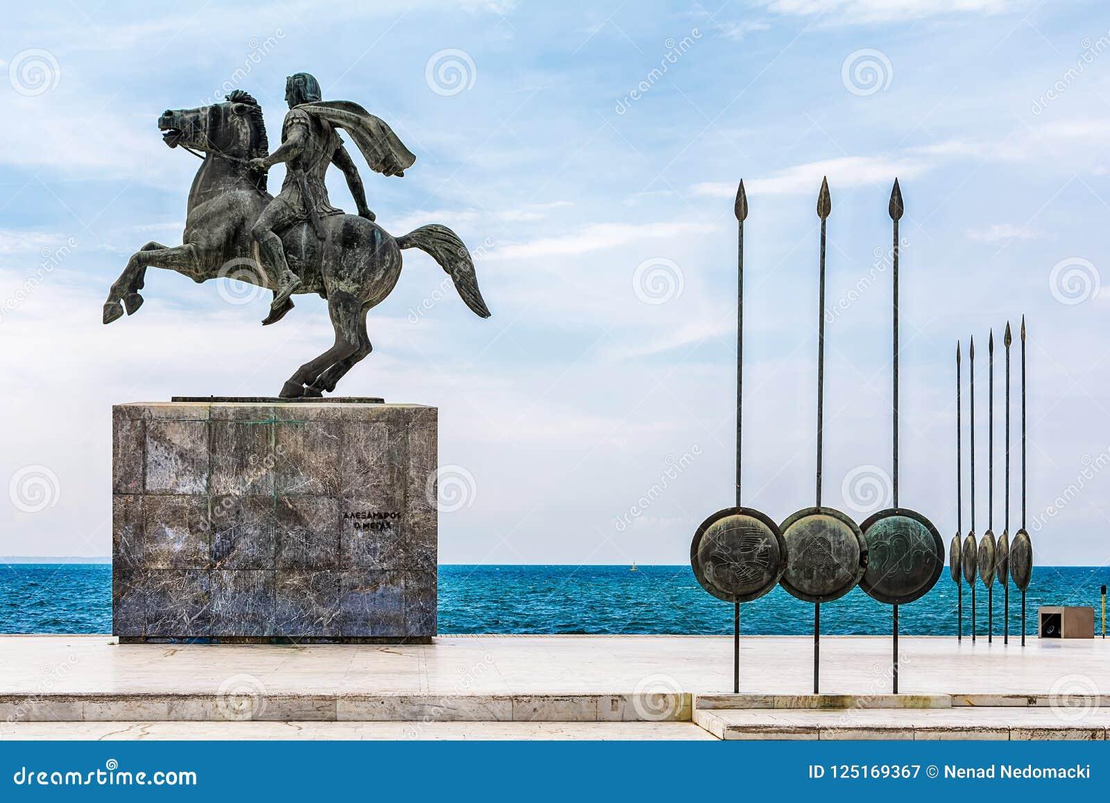 Staty av Alexander storen i Thessaloniki