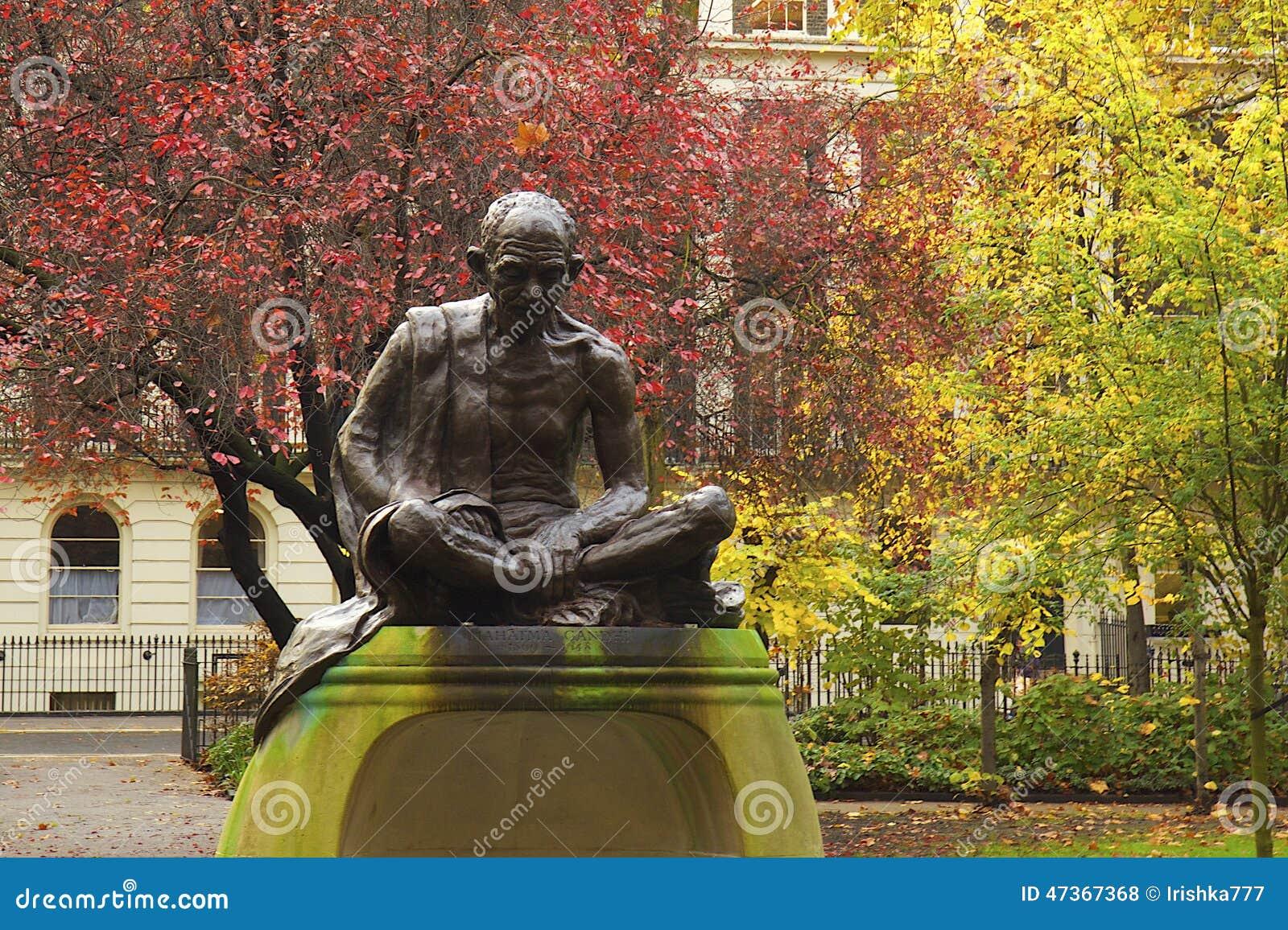 Staty av Mahatma Gandhi i London