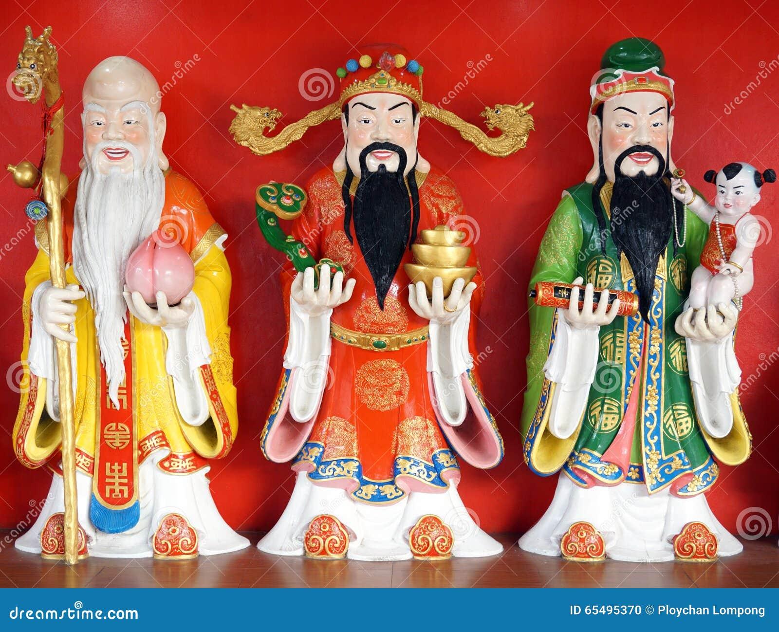 Staty för bra förmögenhet (Fu, Hok), för välstånd (Lu, Lok) och för livslängd (Shou, Siu)