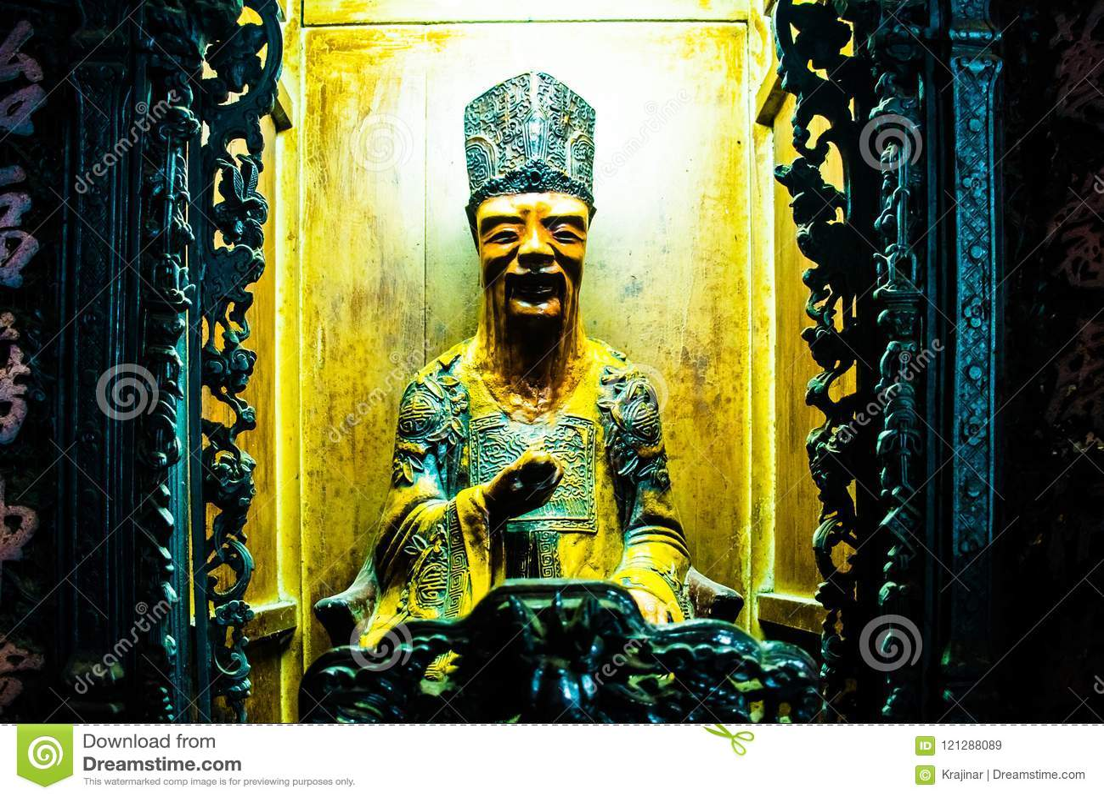 Staty på Jade Emperor Pagoda, Ho Chi Minh City, Vietnam