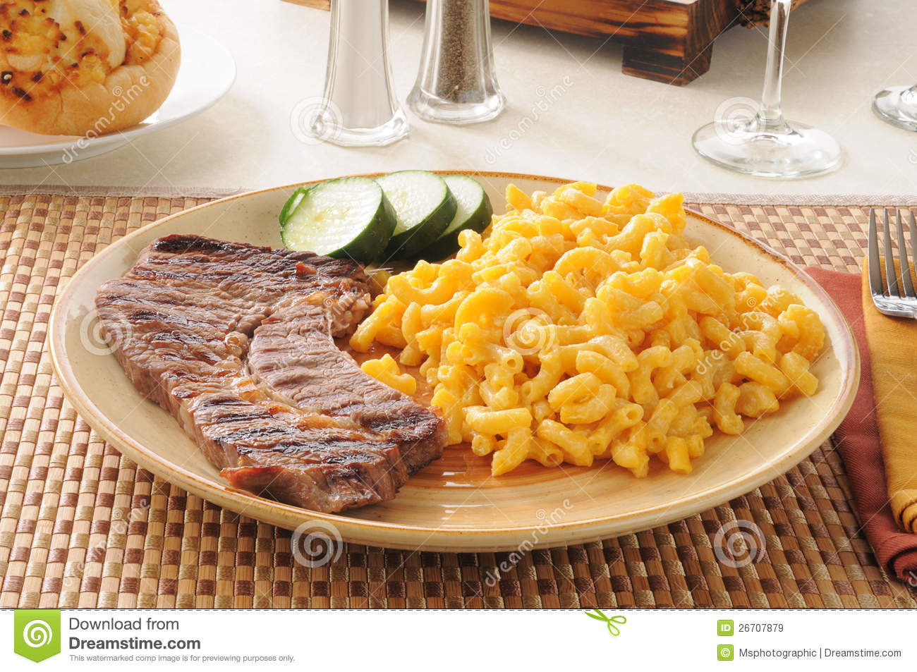 Steak With Macaroni And Cheese Royalty Free Stock Images - Image ...