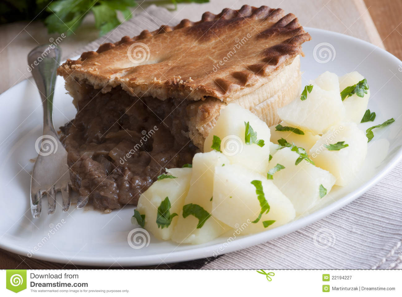 Steak, Mushroom & Wine Pie Royalty Free Stock Photography - Image ...