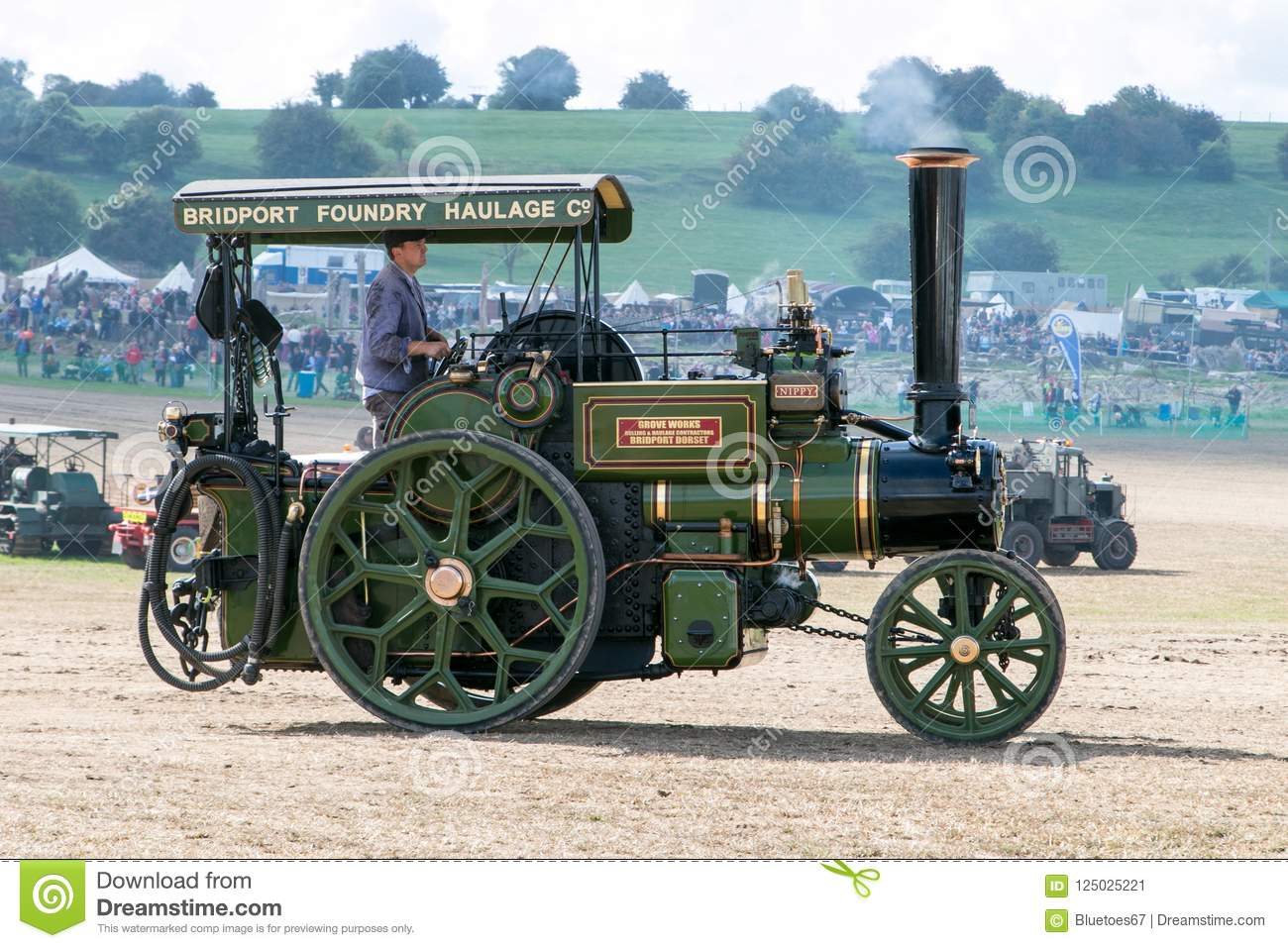 Steam traction engine editorial photo. Image of dirty - 125025221