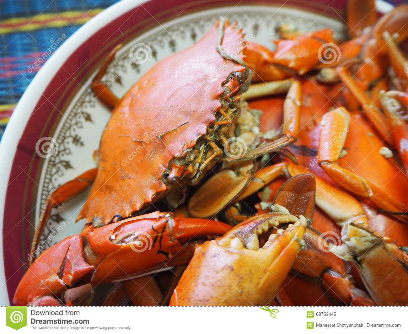 Steamed crab in plate
