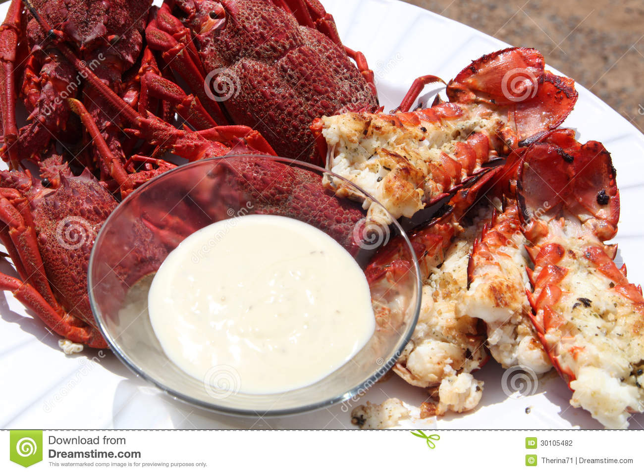 Steamed crayfish with a creamy dip served as a starter.