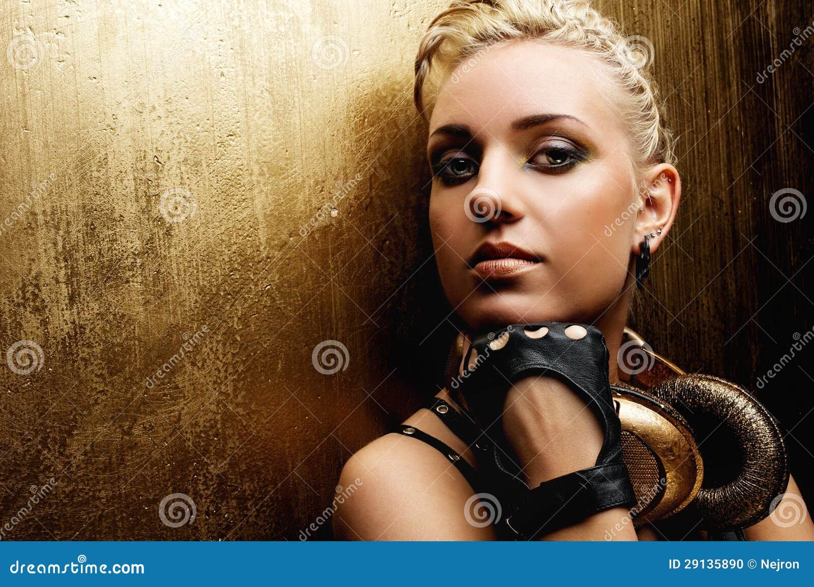 Steampunk女孩纵向