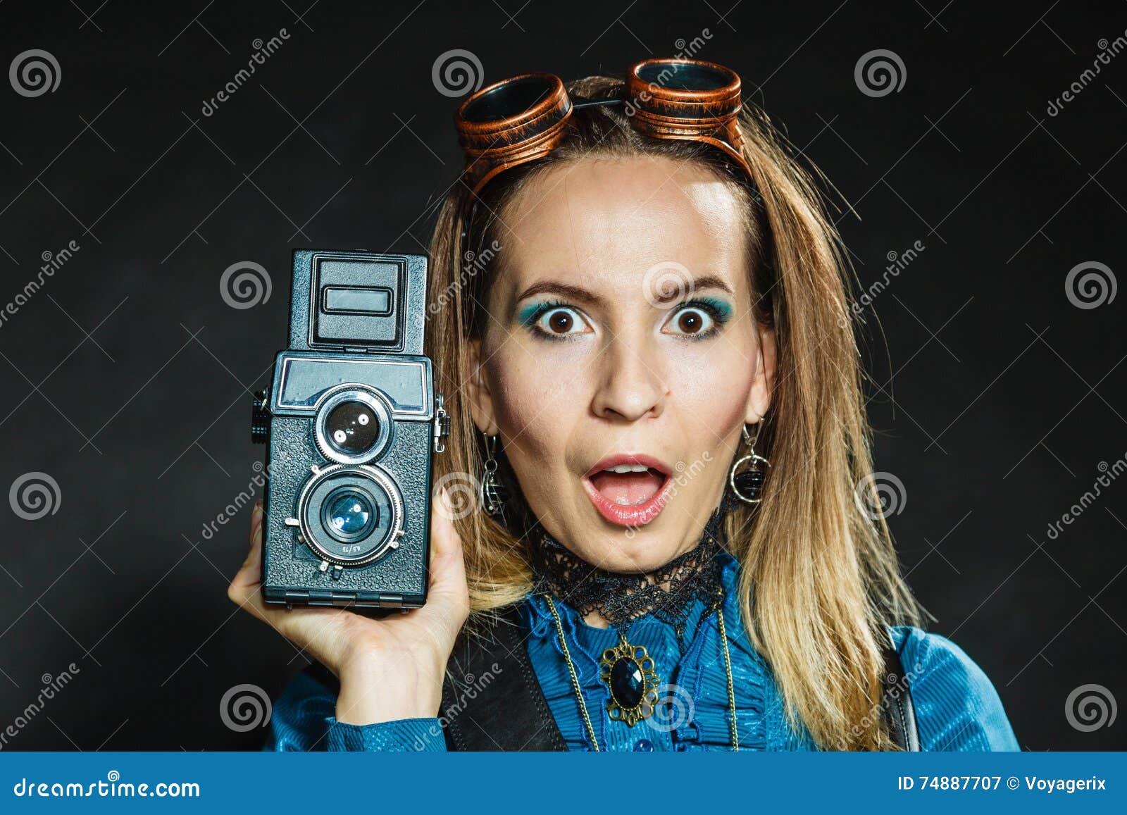Steampunk com a câmera retro velha