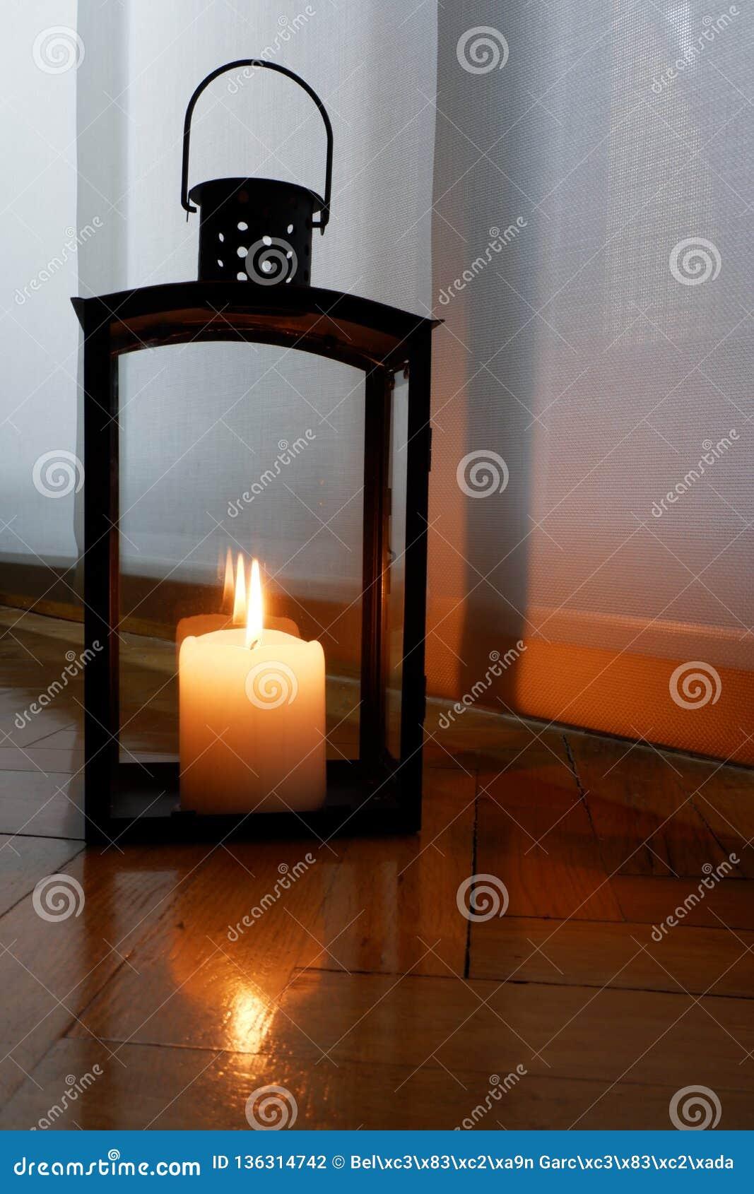 Stearinljus för en varm belysning