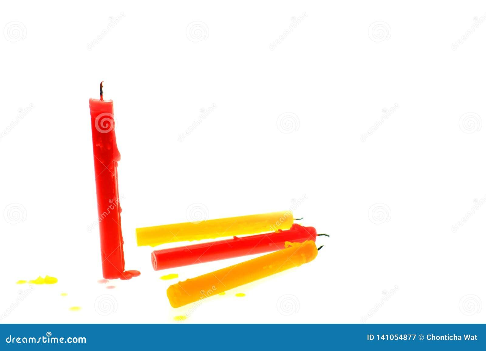 Stearinljus som ljust bränner