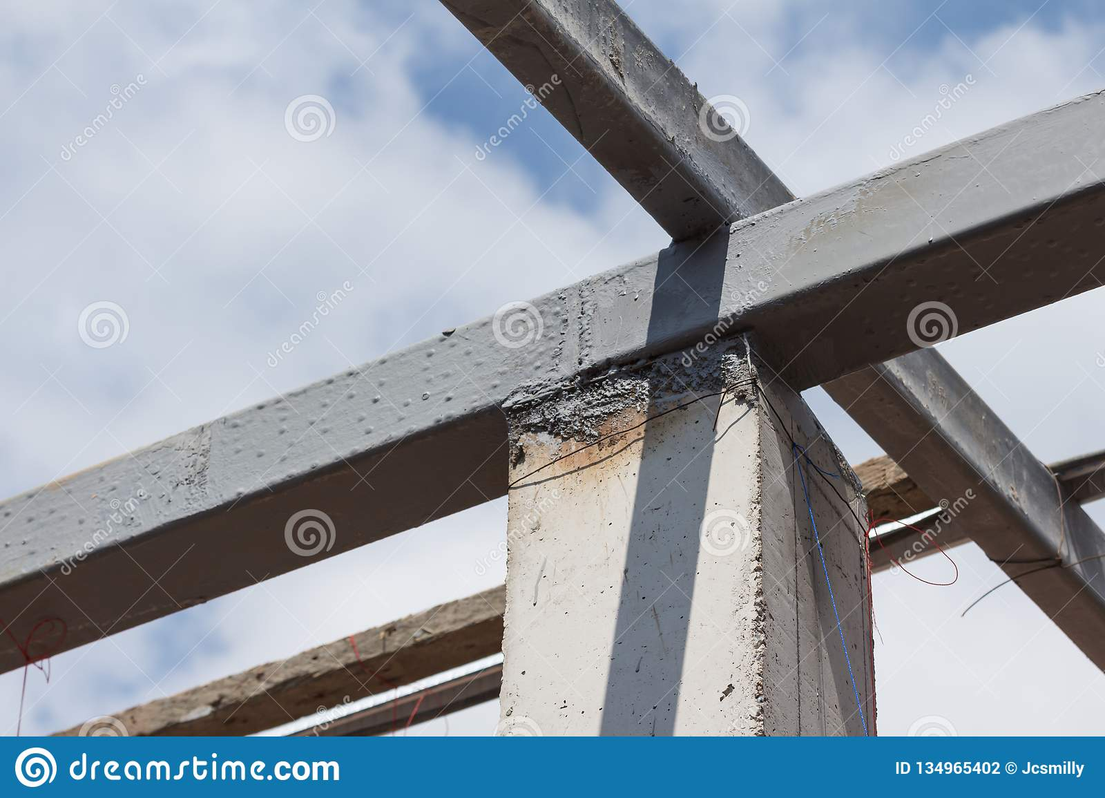 Steel Beams Roof Truss Residential Building For Home Construction