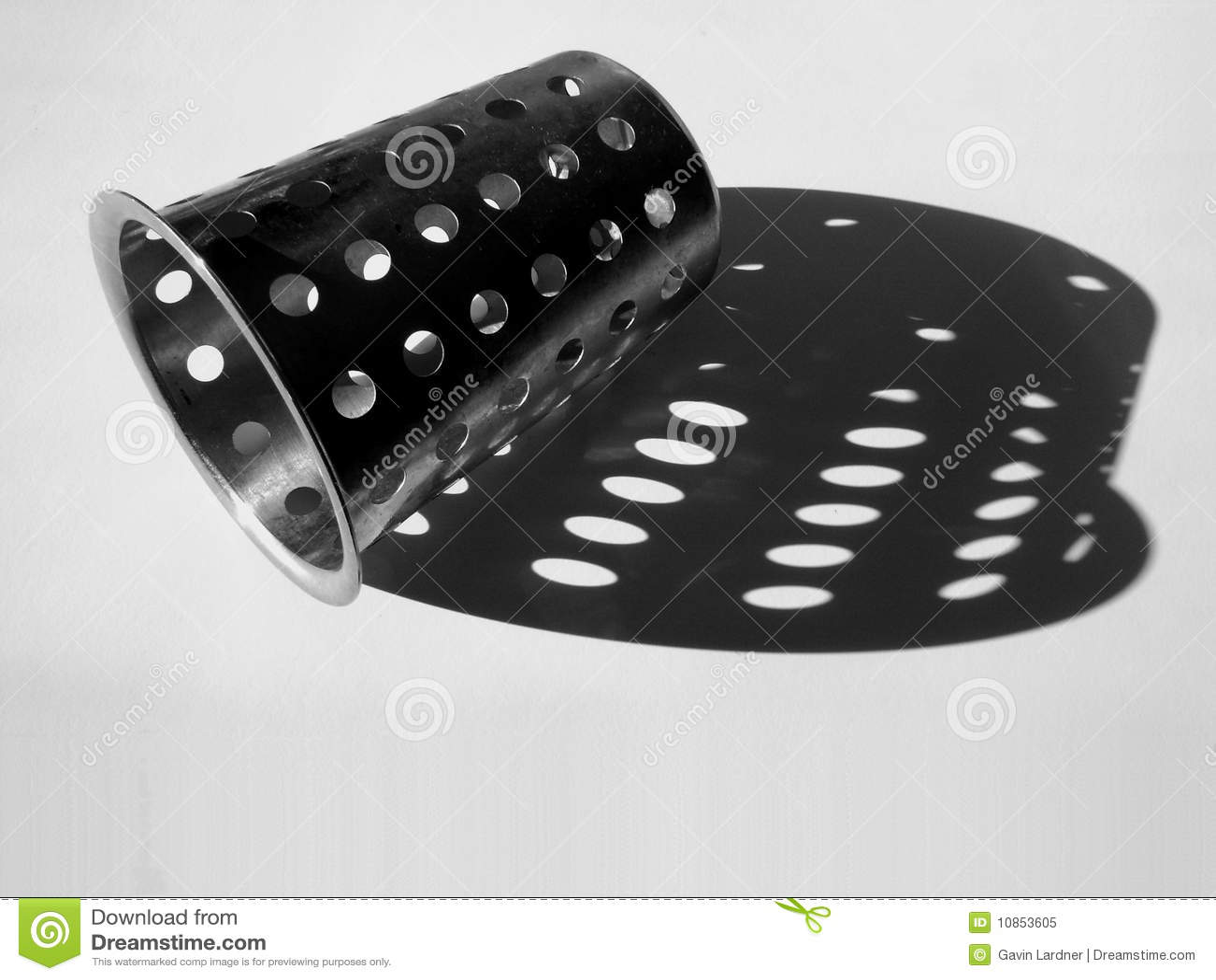 Steel strainer object