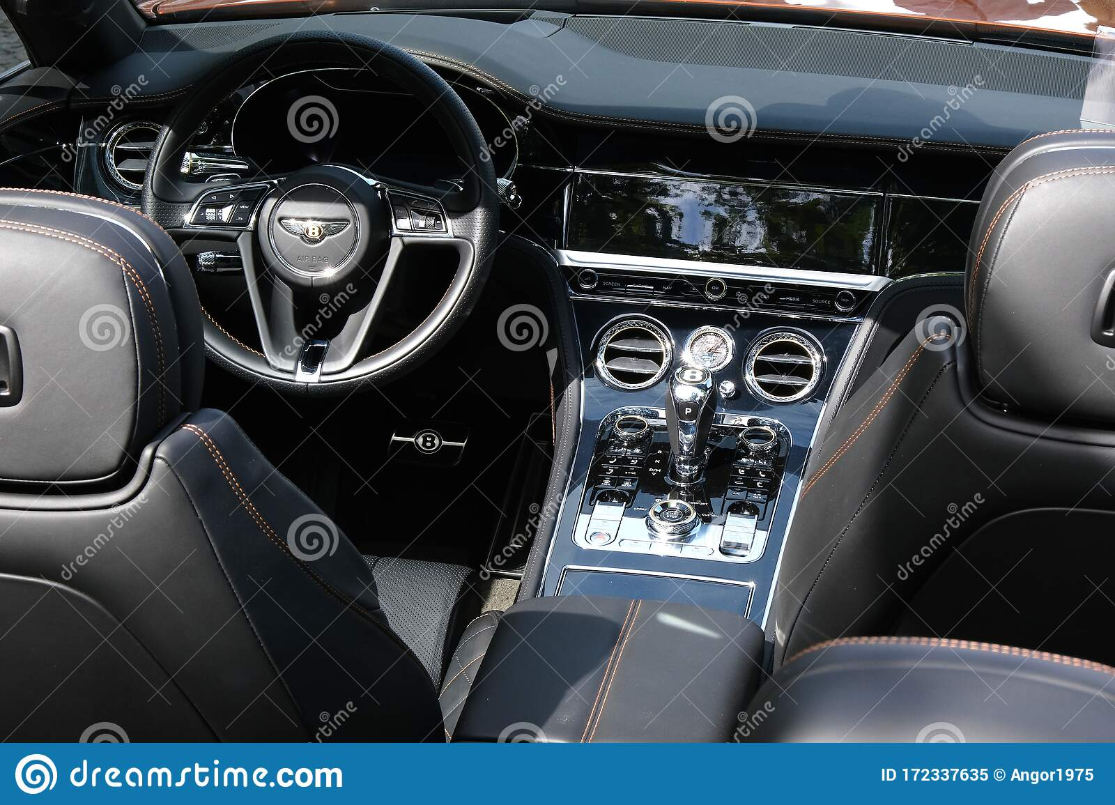 Steering Wheel And Controls In Interior Of Exclusive Luxury Bentley Modern Car Ckose Up Editorial Image Image Of Interior Luxury 172337635