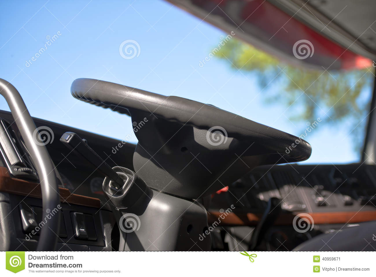 Clamp Truck Control Levers : Steering wheel and dashboard of modern semi truck stock