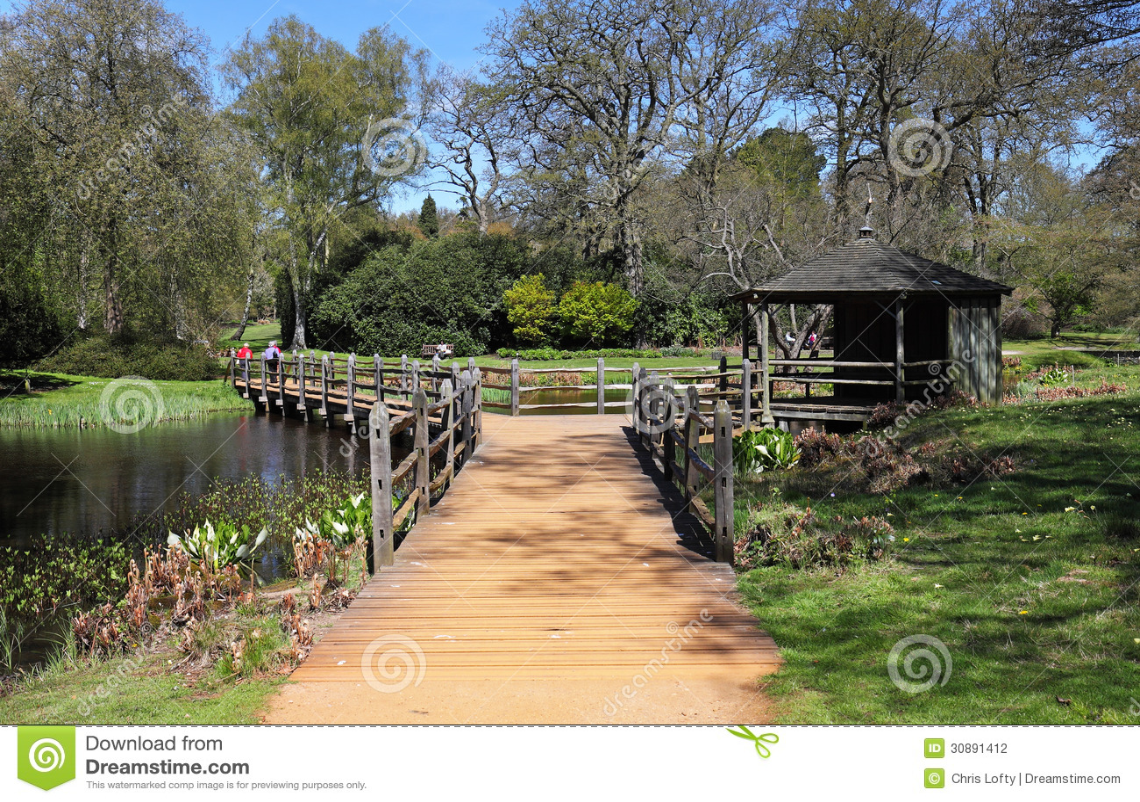 steg über einem gartenteich stockfotografie - bild: 30891412, Garten und Bauen