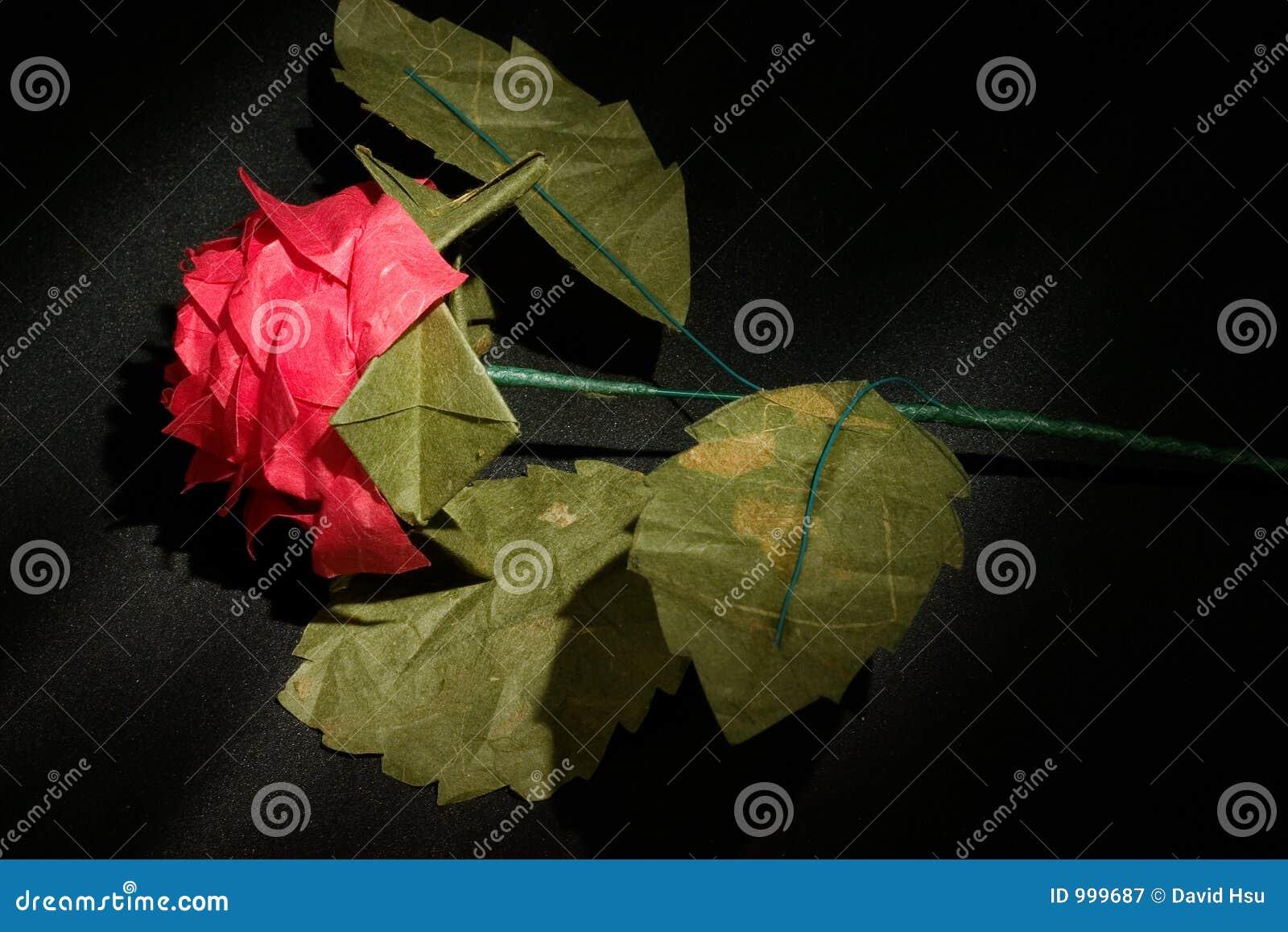 Steg den mörka origamien för bakgrund