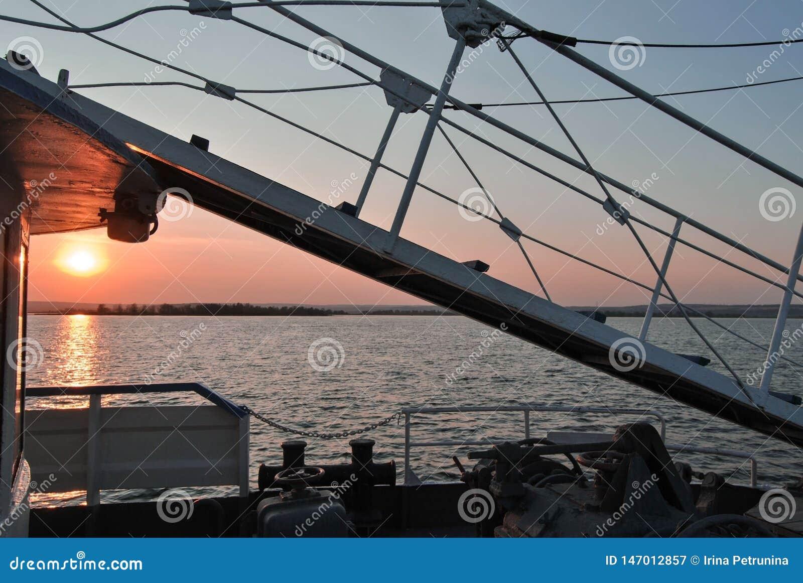 Stege på skeppbräde