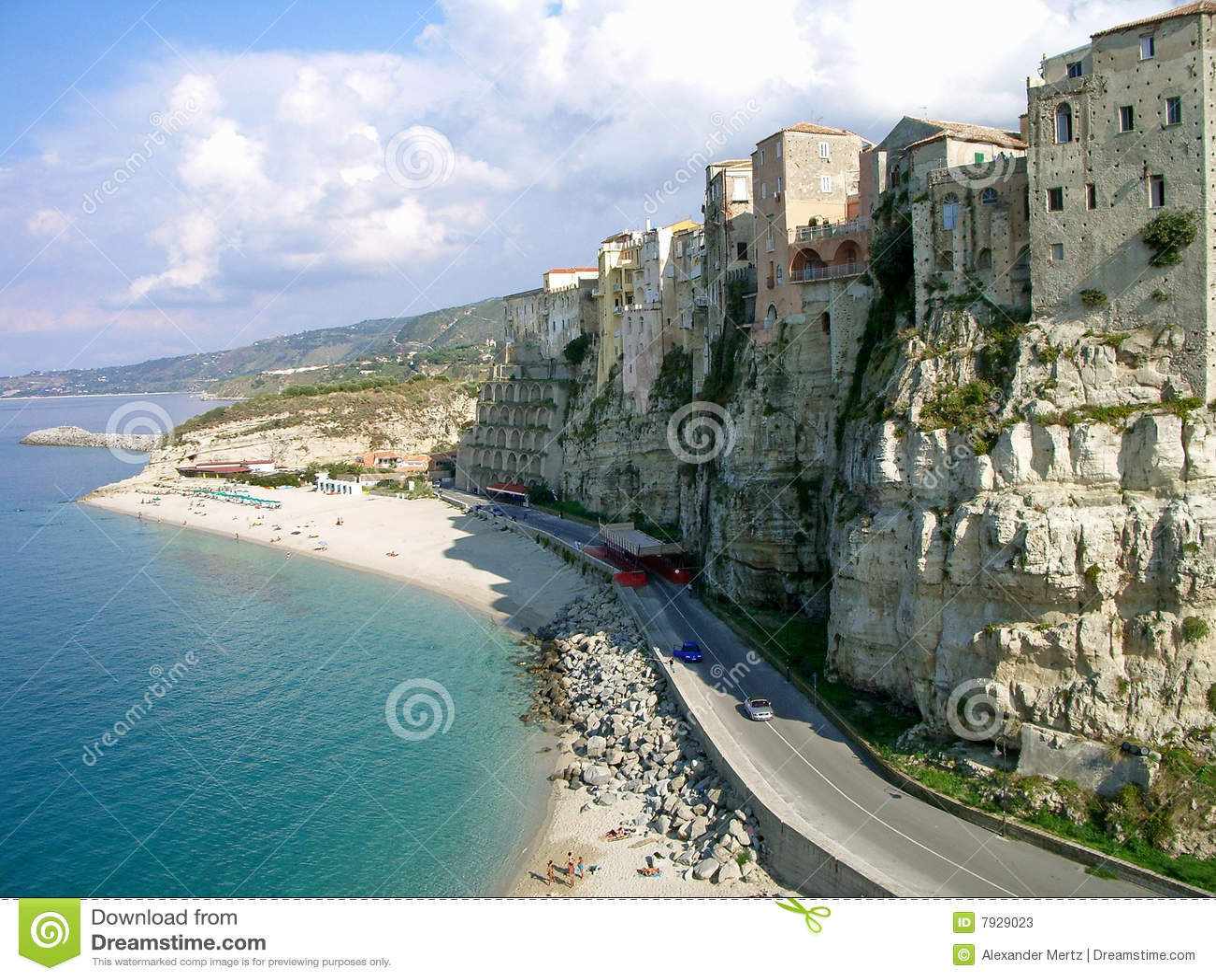 Steile kust in Calabrië, Italië