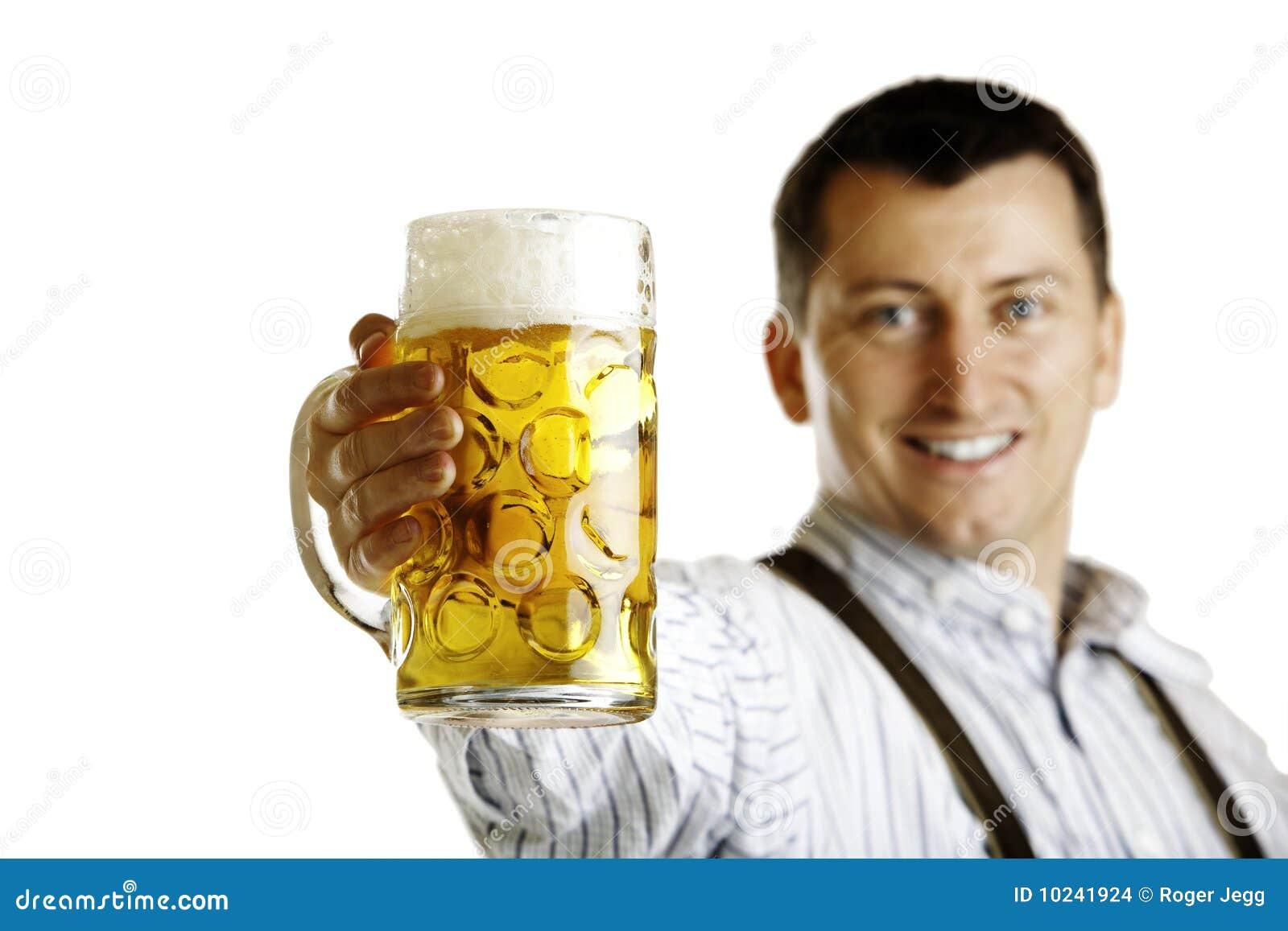 Stein bavarese della birra della stretta dell uomo a Oktoberfest