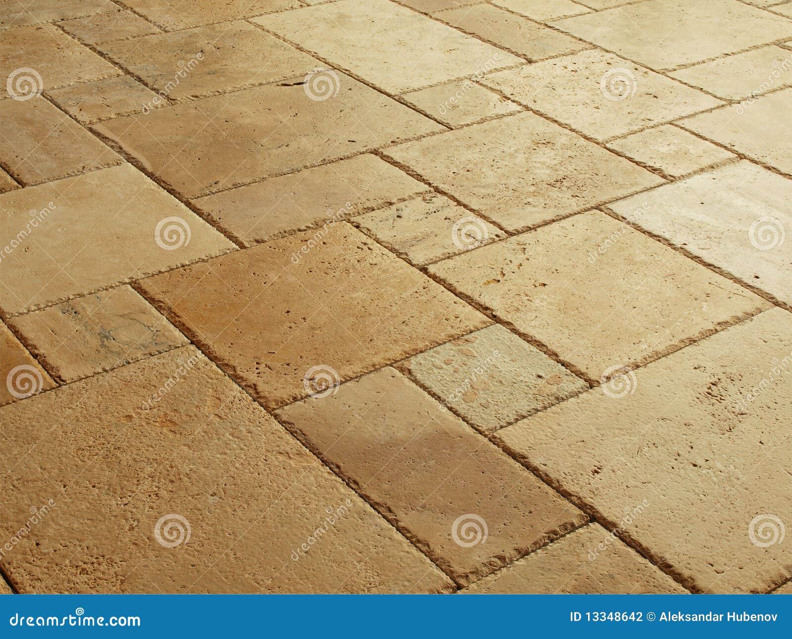 Fußboden Aus Alten Ziegeln ~ Stein deckte fußboden mit ziegeln stockfoto bild von hintergrund