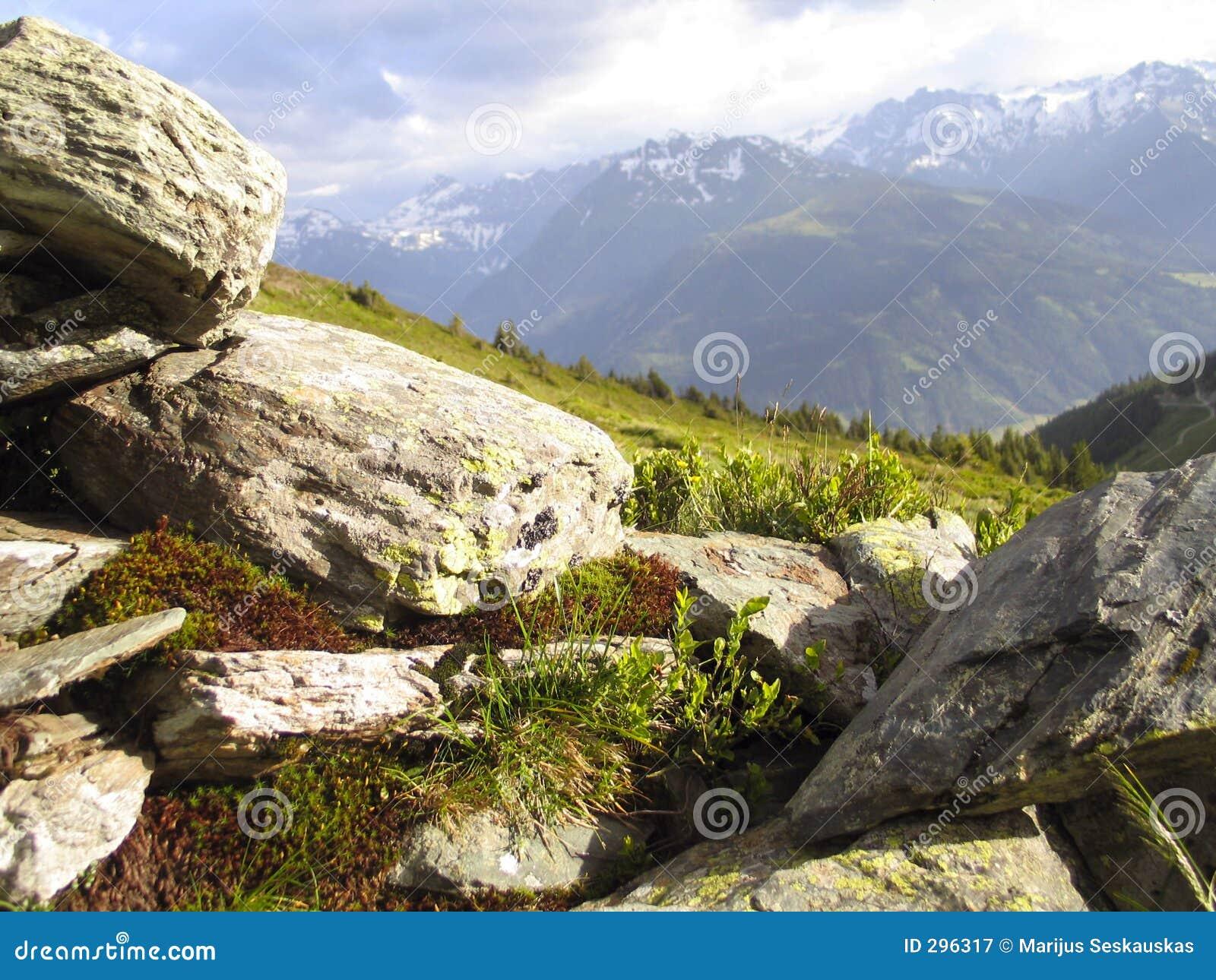 Steine und Berge