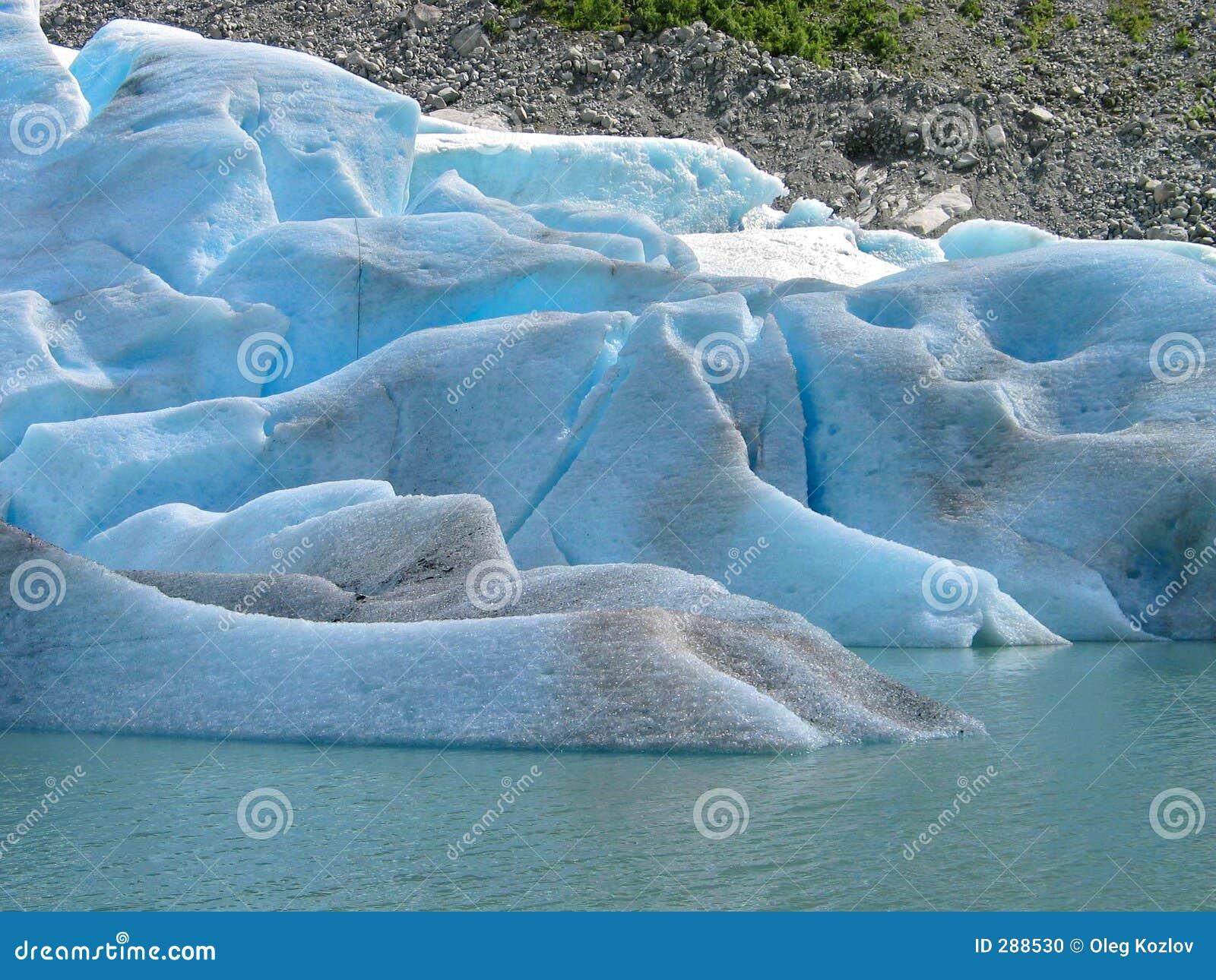 Is stenar vatten