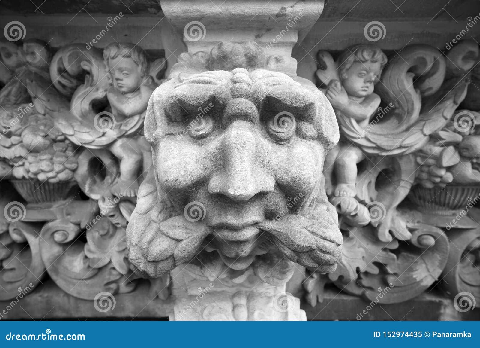 Stenbasreliefer av Gdansk