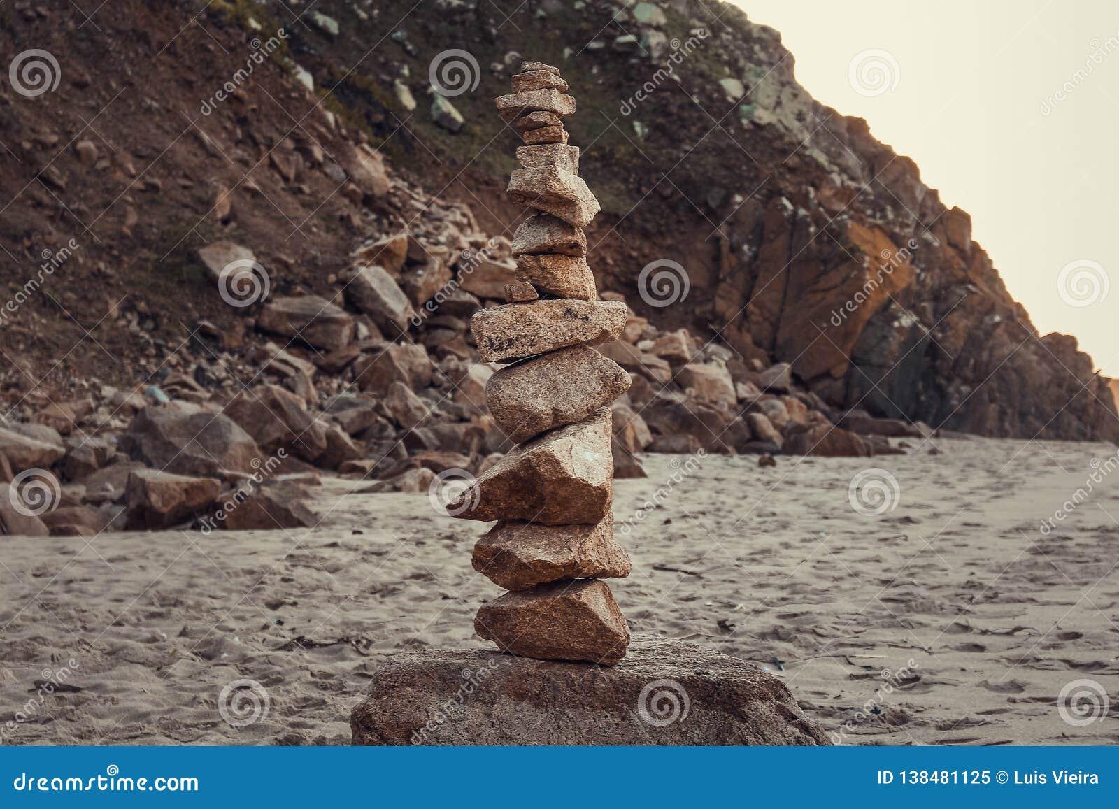 Stenensaldo op strand