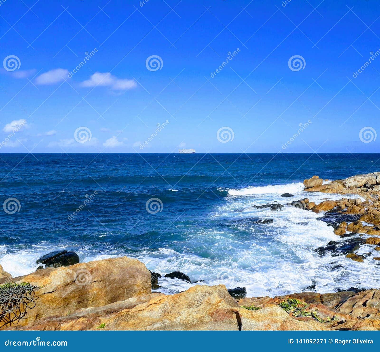 Steniga stränder för granit på Recife öar - Pernambuco, Brasilien