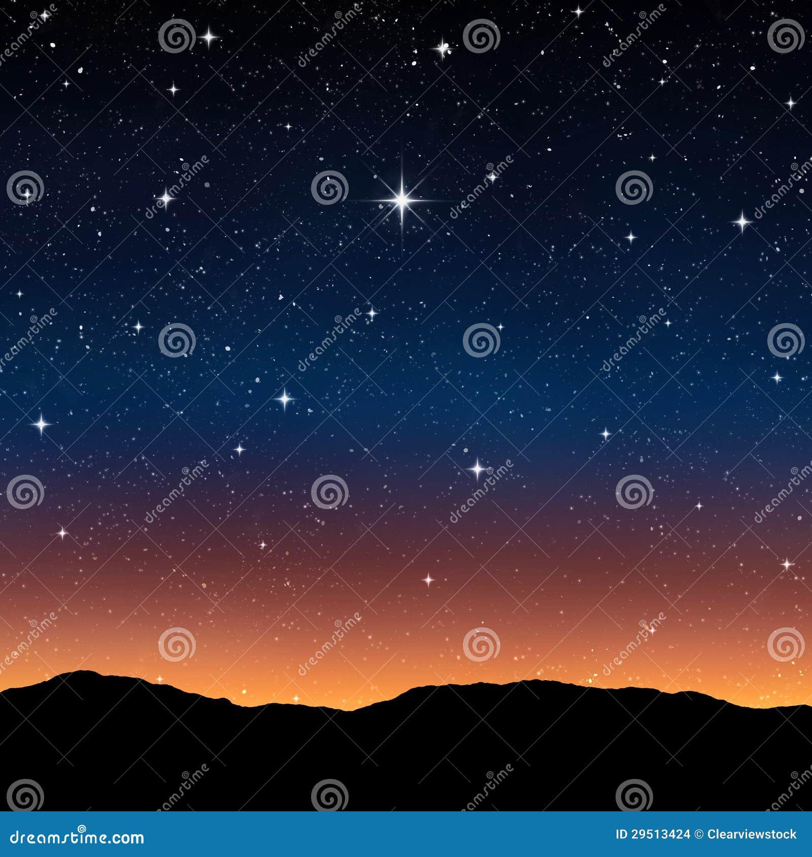 Sterrige hemel bij nacht