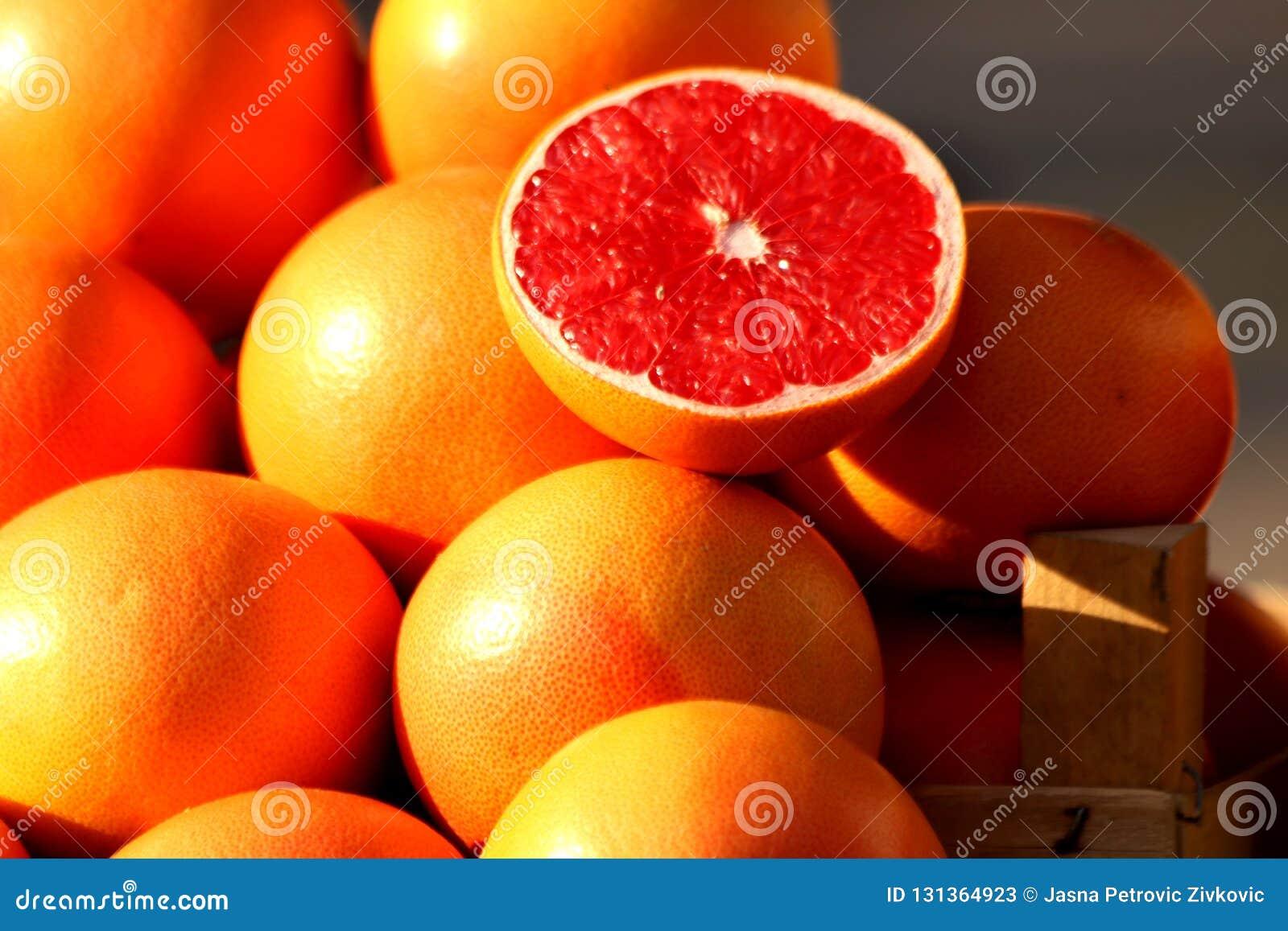 Sterta czerwoni świeżość Grapefruits