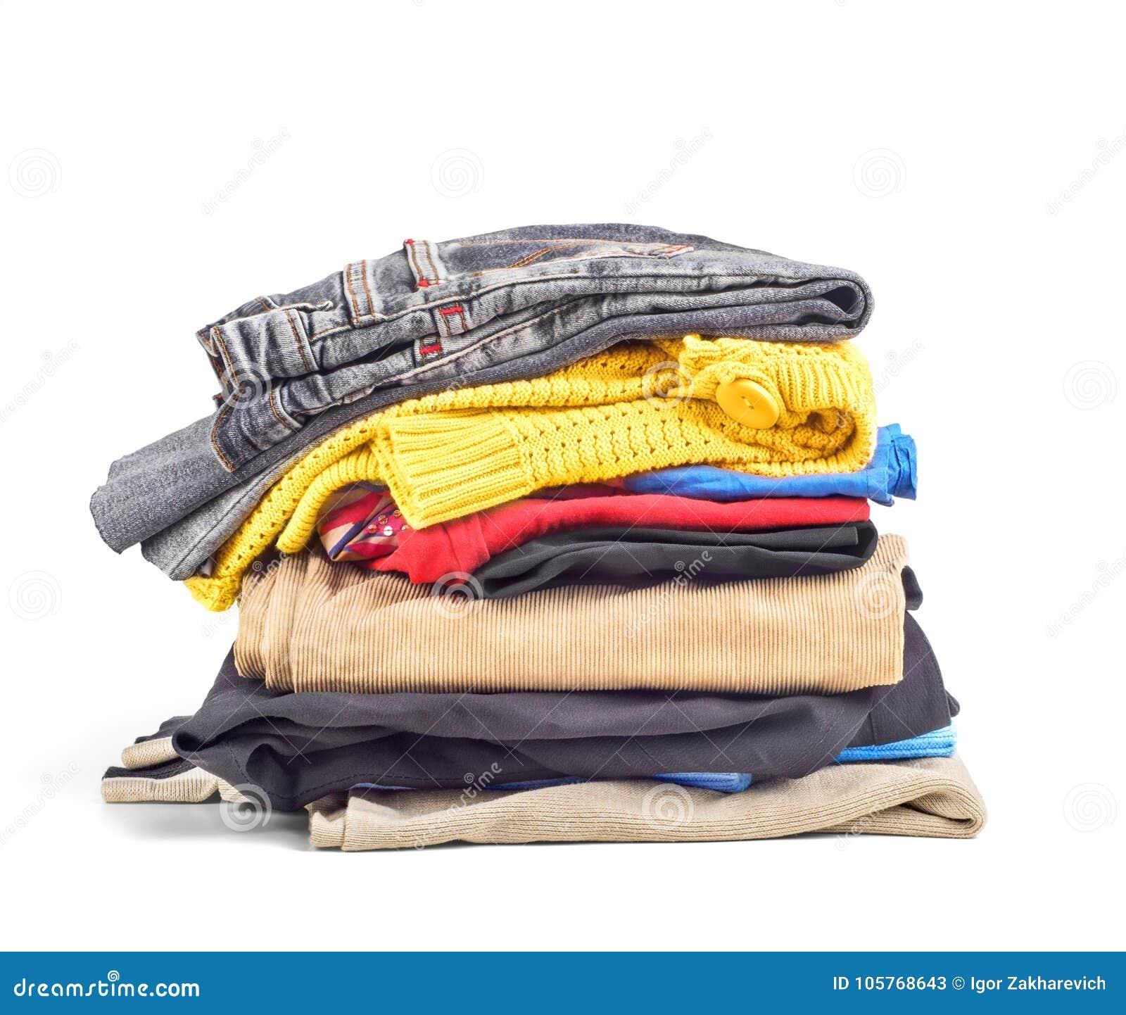 Sterta ubrania odizolowywający na białym tle