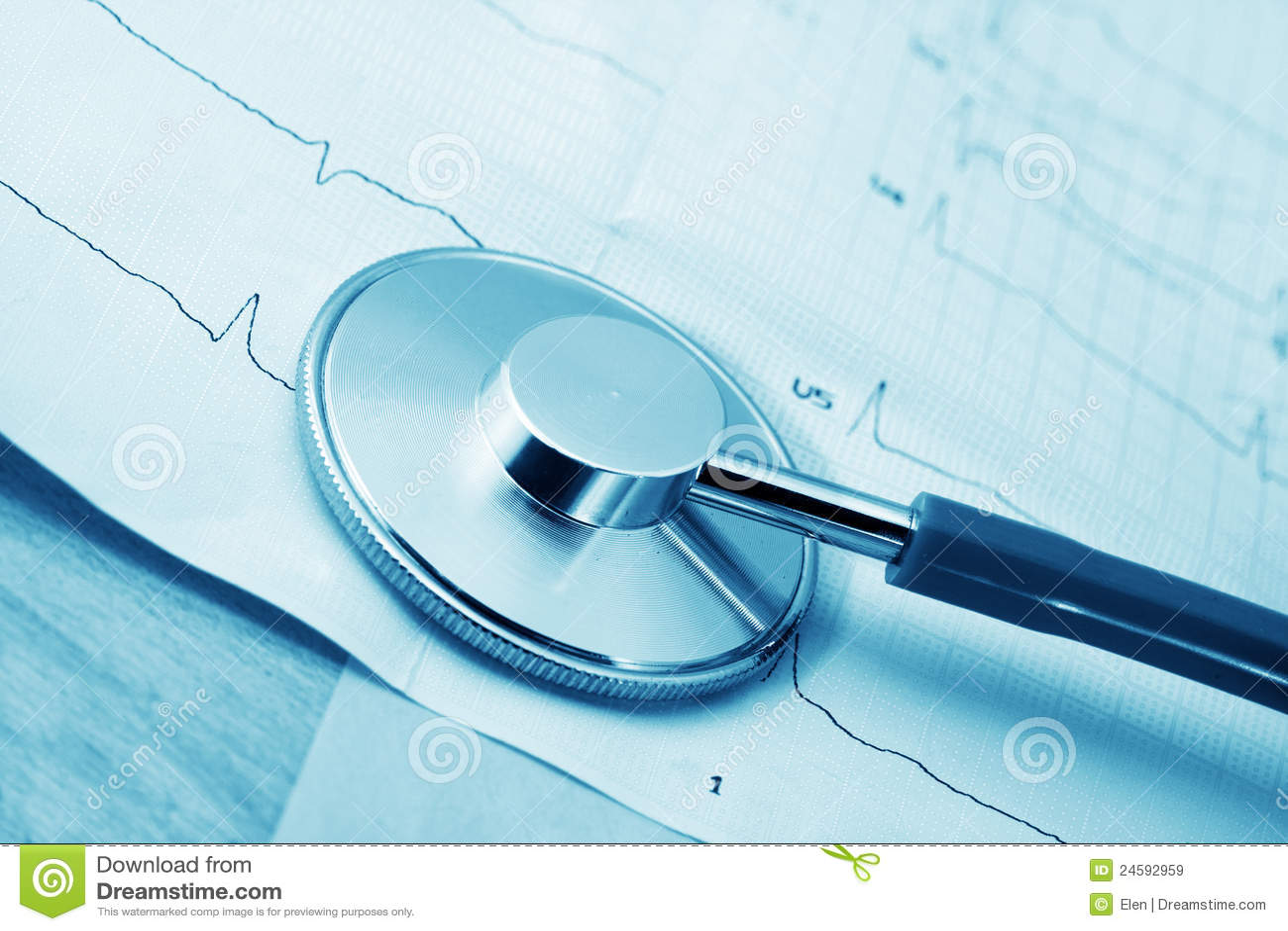 Stethoscoop en cardiogram