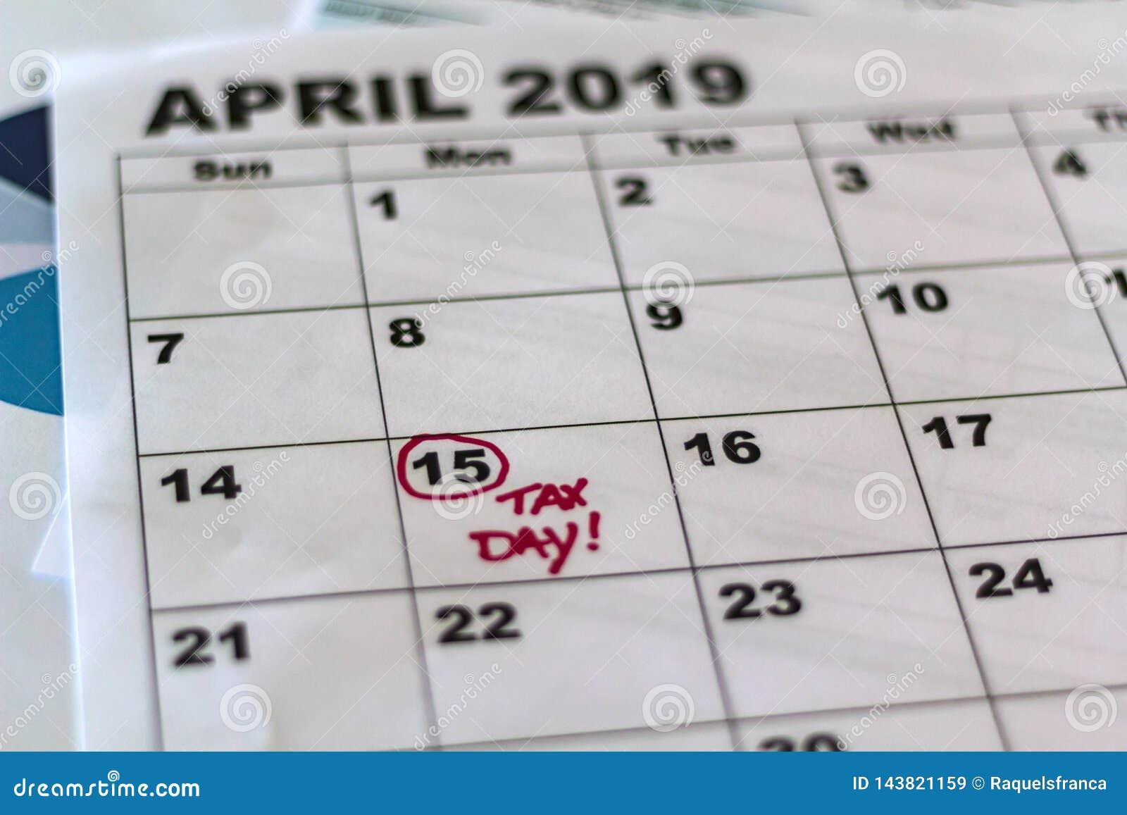 Steuerschuldabgabefrist 2019 markiert auf Kalender