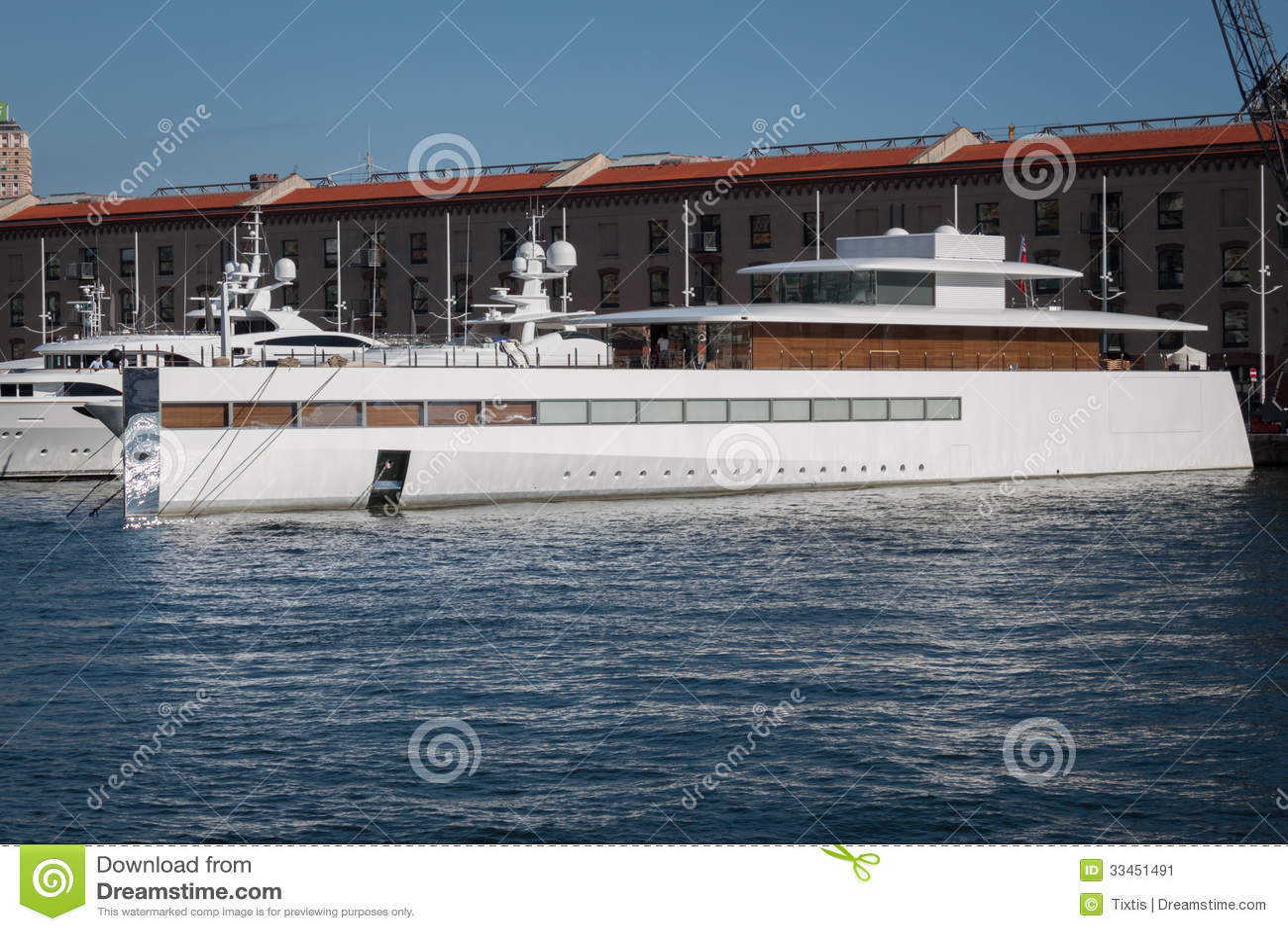 Steve Jobs Luxury Yacht