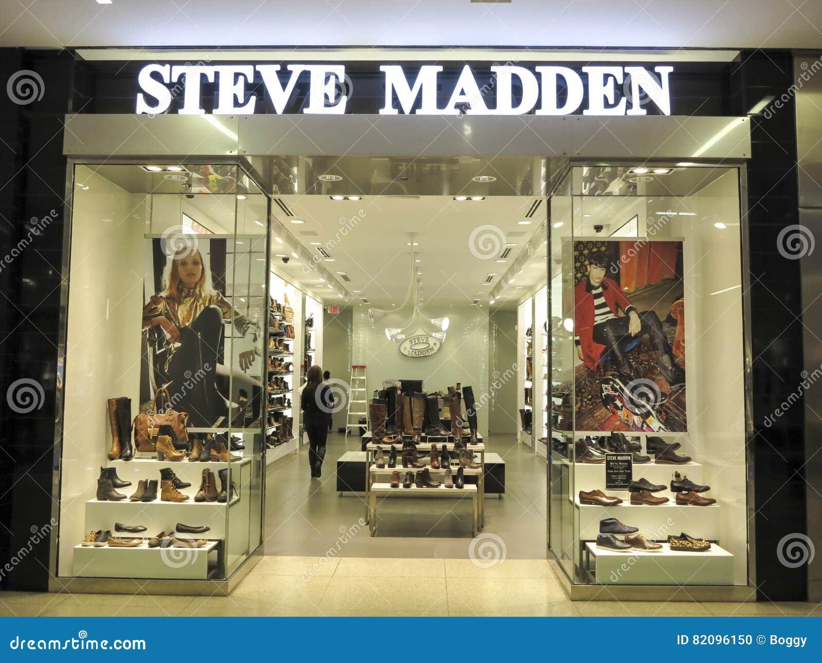 af0474f13c4 Steve Madden shop editorial image. Image of advertisement - 82096150