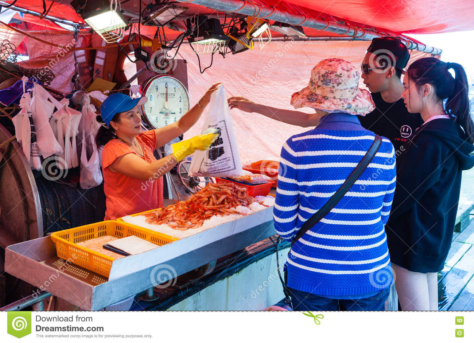 Steveston fisherman 39 s wharf in richmond bc editorial for Fresh fish shop near me