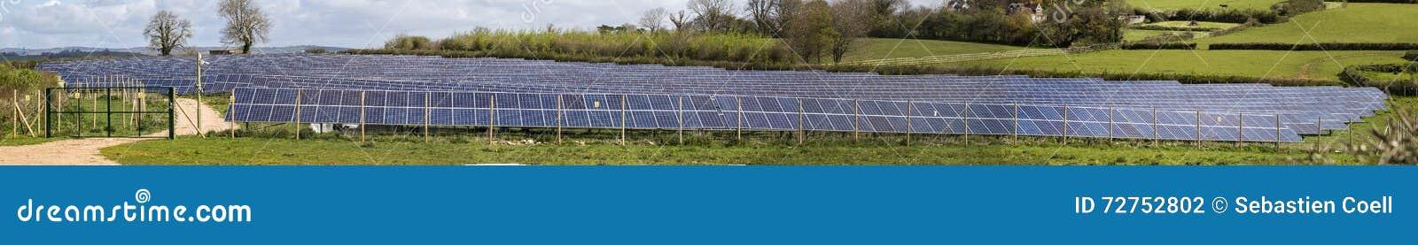 Stich solare dell azienda agricola di PV