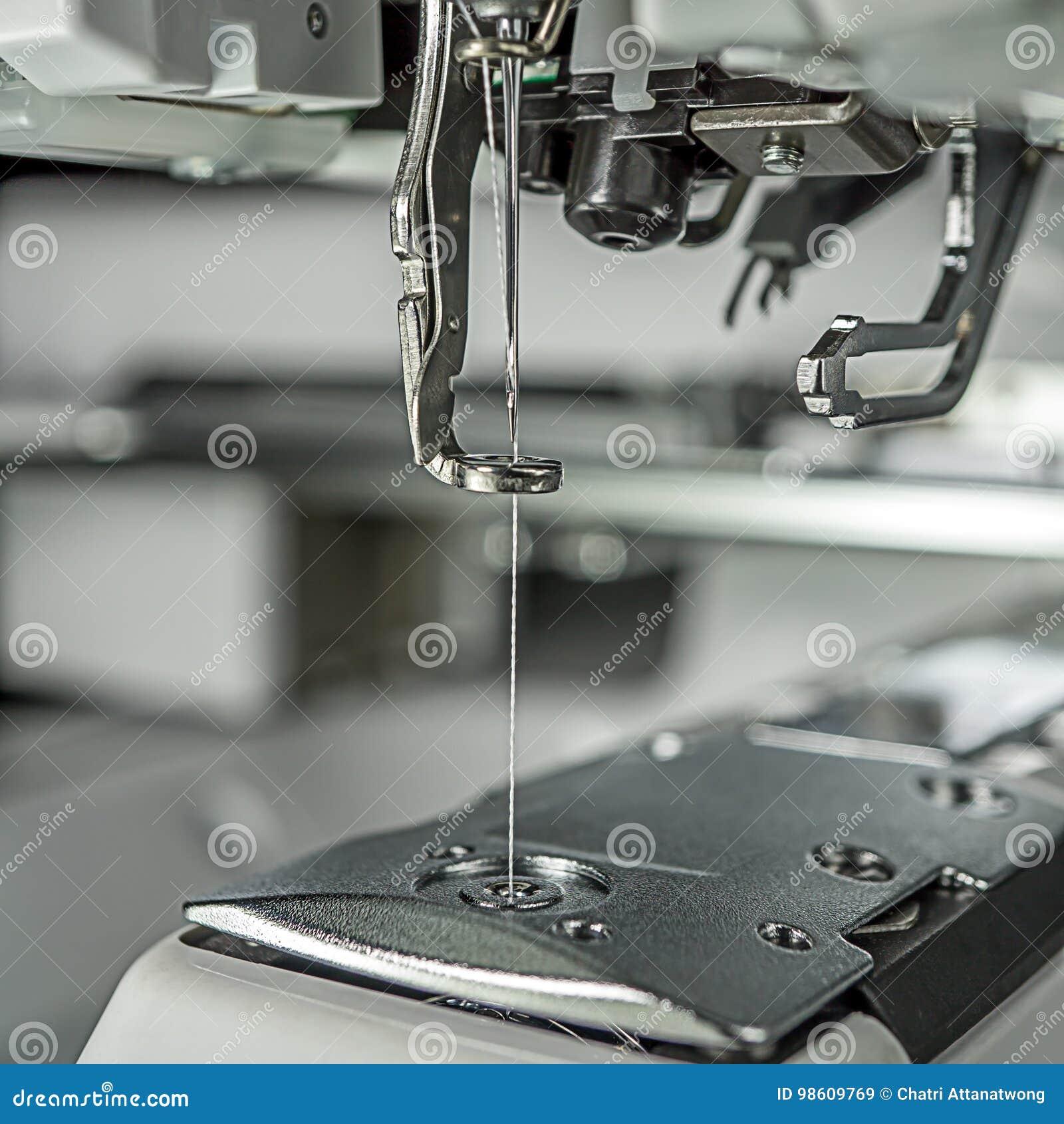 Stickmaschinebildabschluß oben