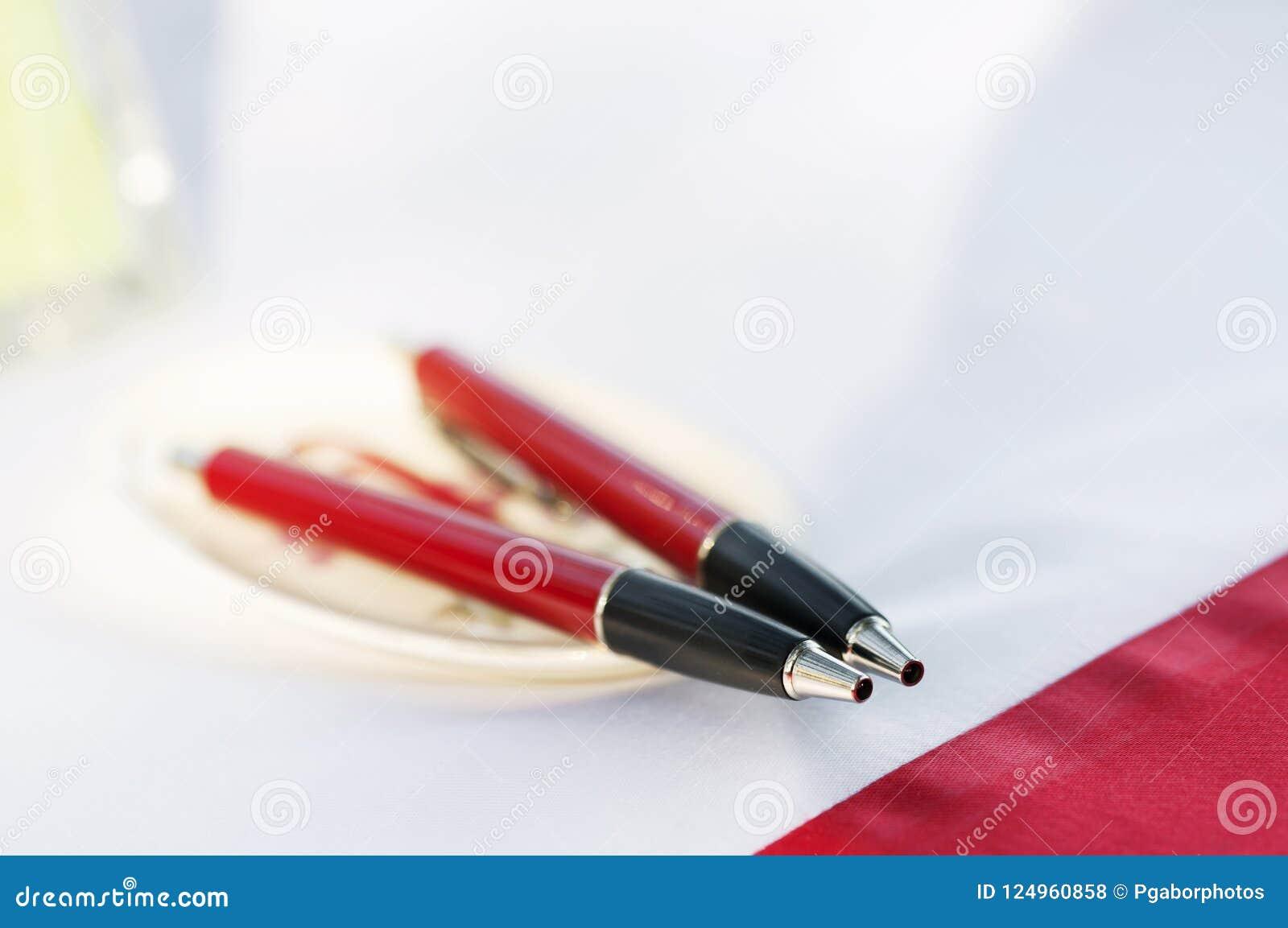Stifte in der Hochzeit