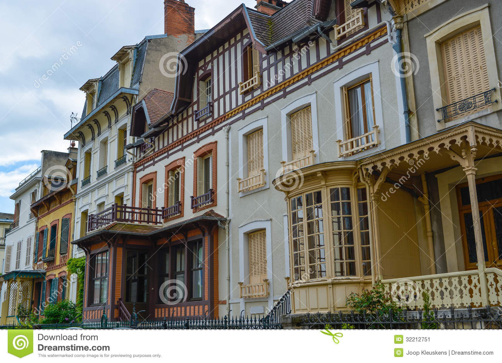 Stile di vittoriano delle facciate immagine stock for Immagini facciate case