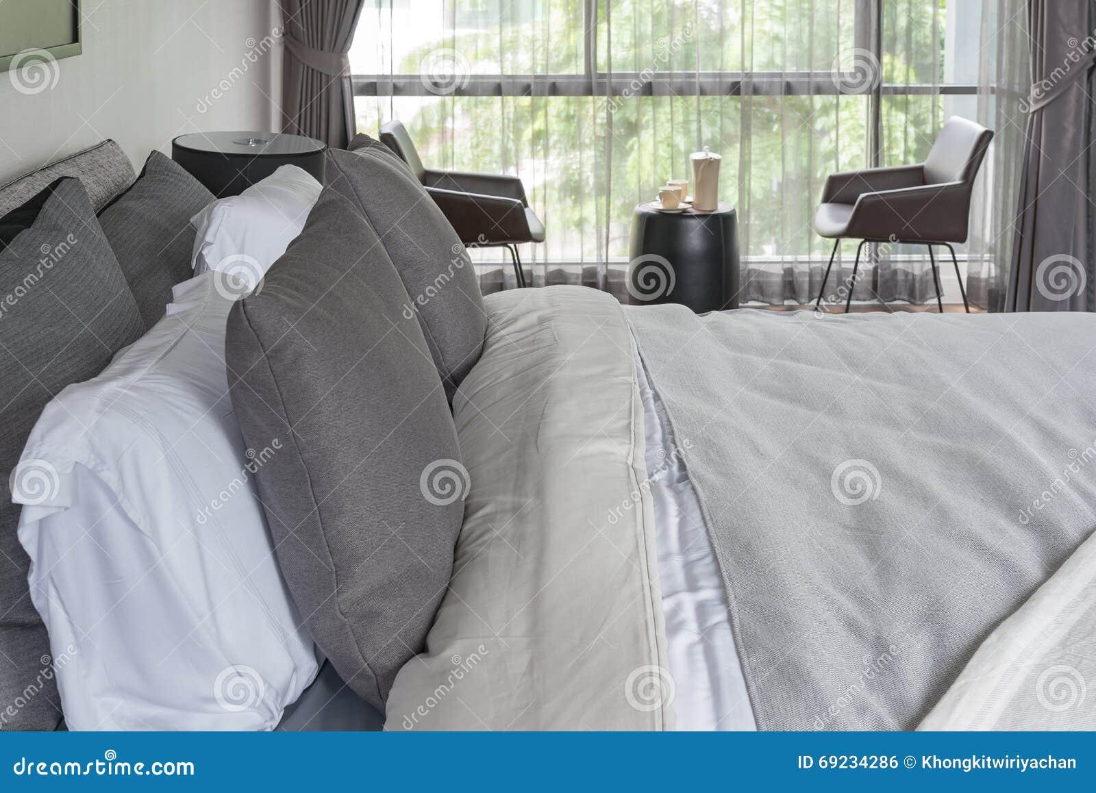Colore grigio camera da letto : colore pareti camera da letto ...