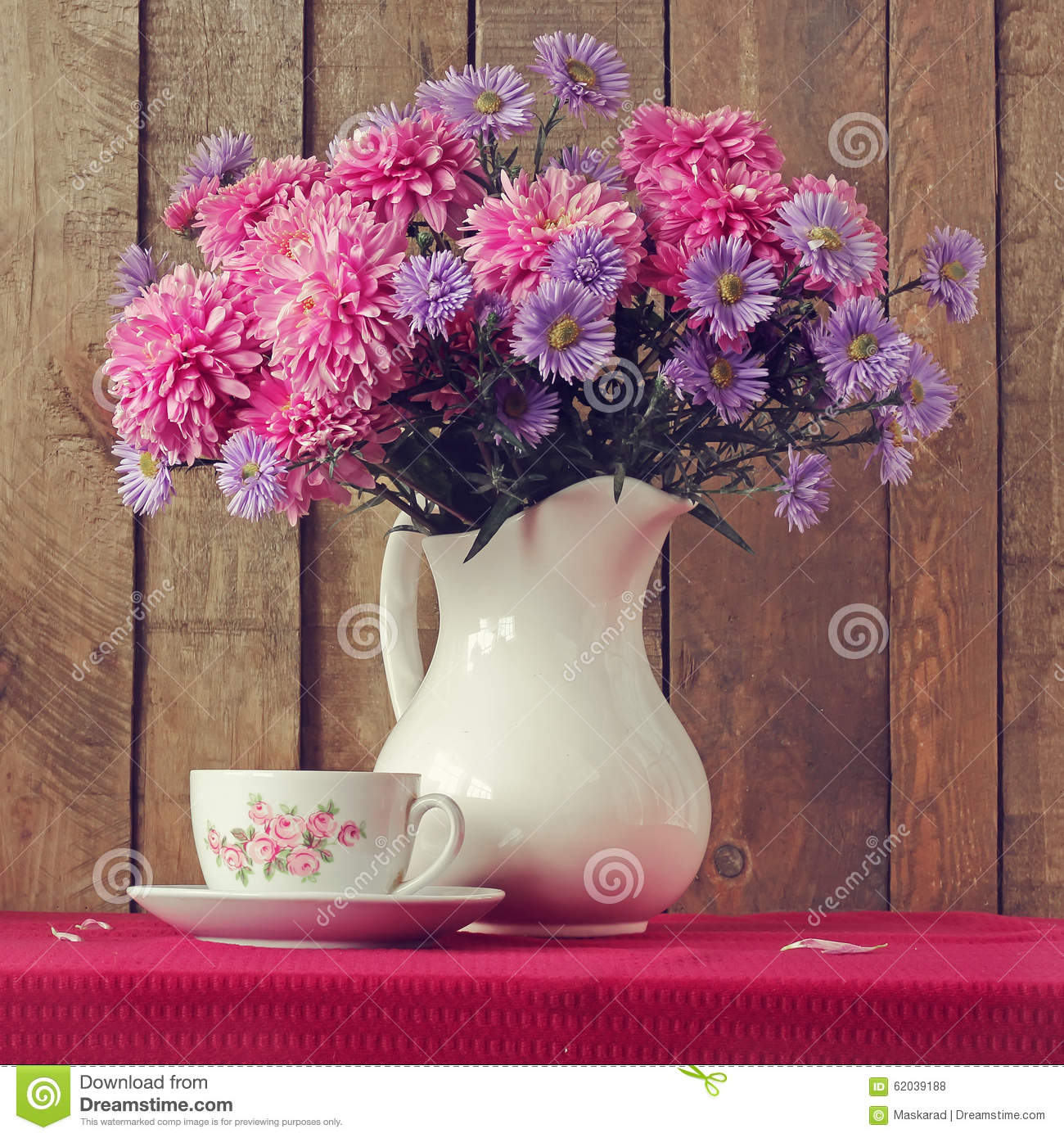 Still Life With Chrysanthemum Flowers In Red Jug Stock ...