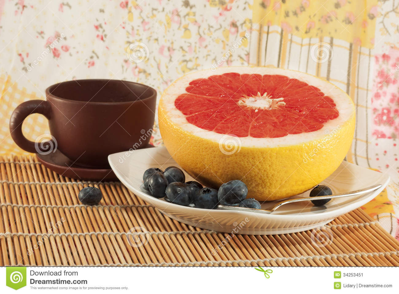 how to cut a grapefruit for breakfast